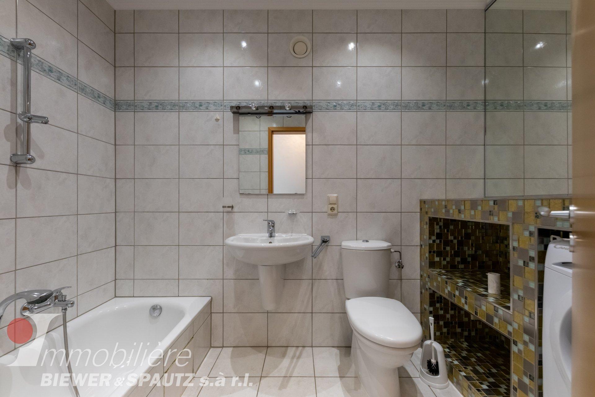 ZU VERMIETEN - Wohnung mit 1 Schlafzimmer in Lux-Kirchberg