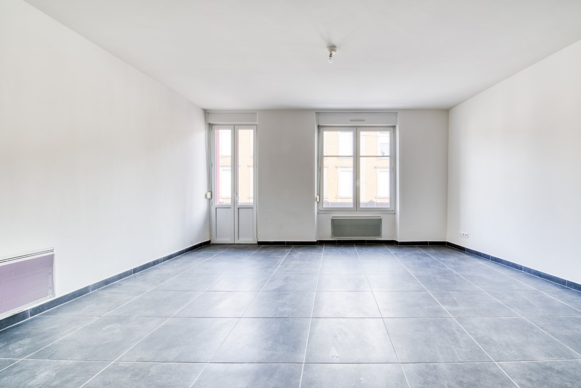 Sale Building - Piennes