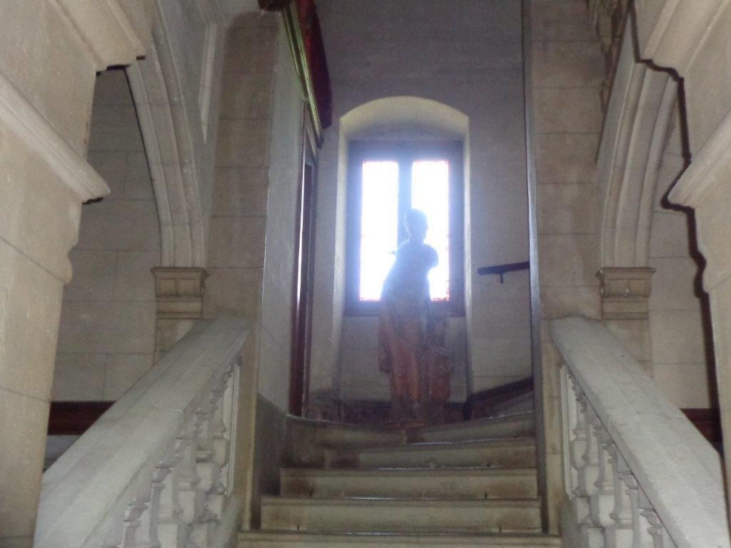 Ain château remanié début XIXè dans un parc exceptionnel