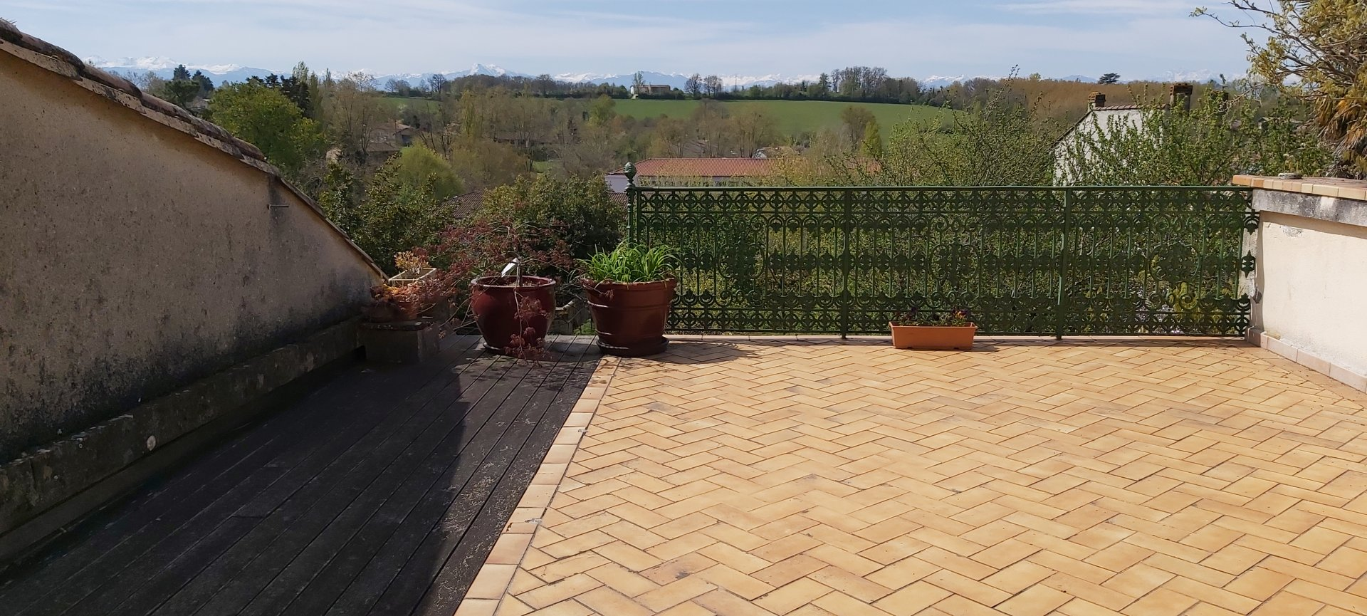 Aurignac Large village house with garden and Pyrenees view