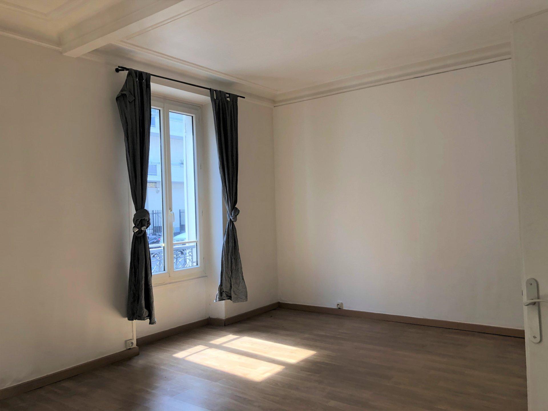 Grand Deux pièces de 47 m² rue de Villiers à Levallois