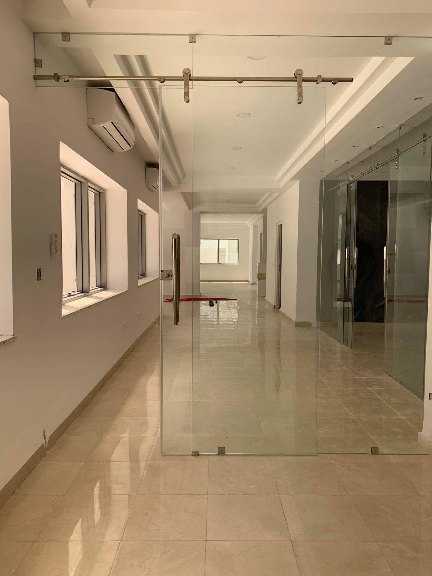 Location Bureau de 210 m² en open space au Lac 2.