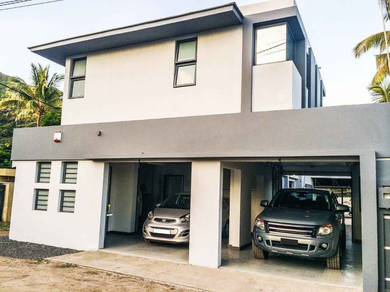Wonderful Villa for sale in of Black River