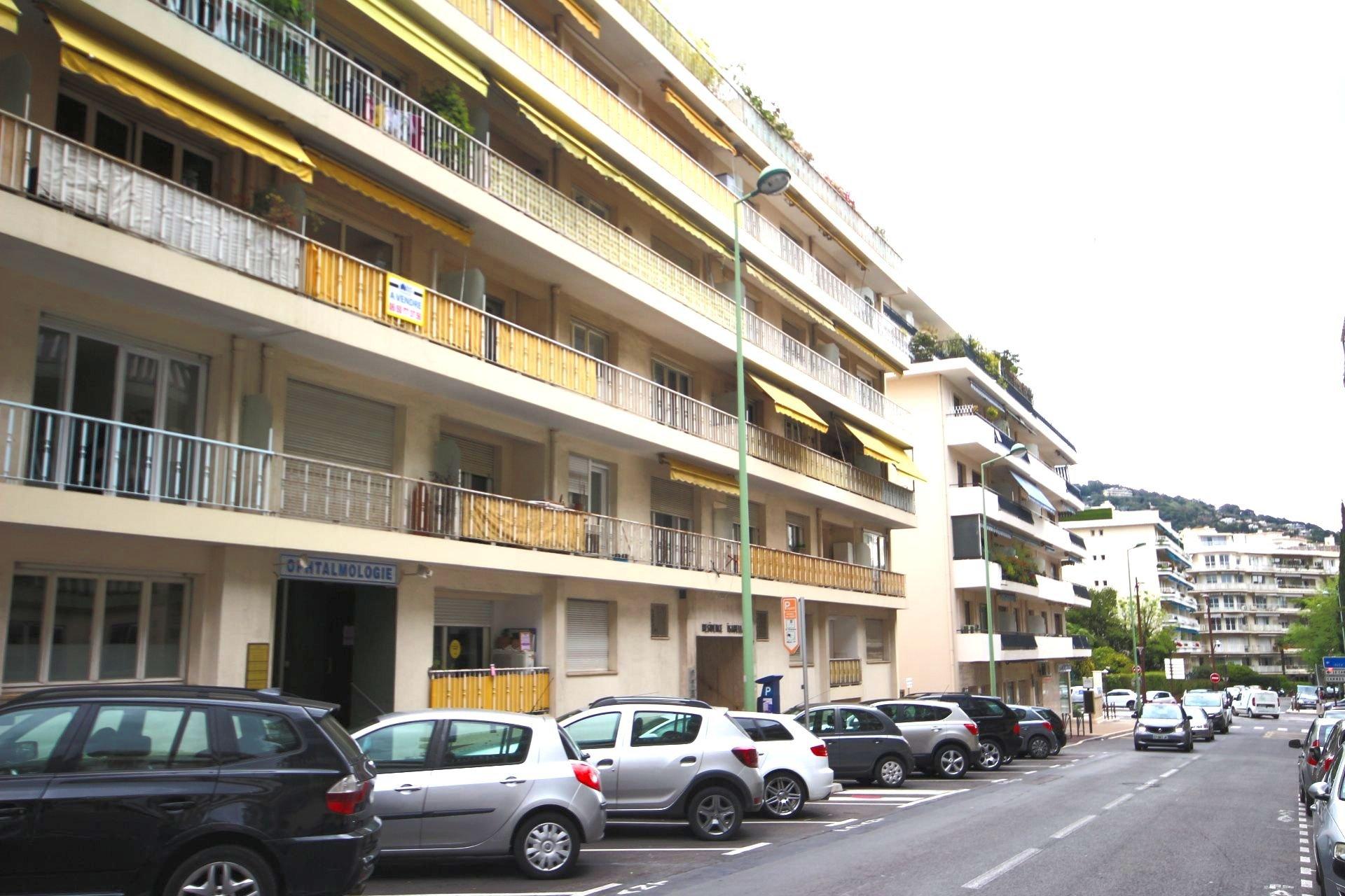 Le Cannet- limite Cannes Lycée Carnot