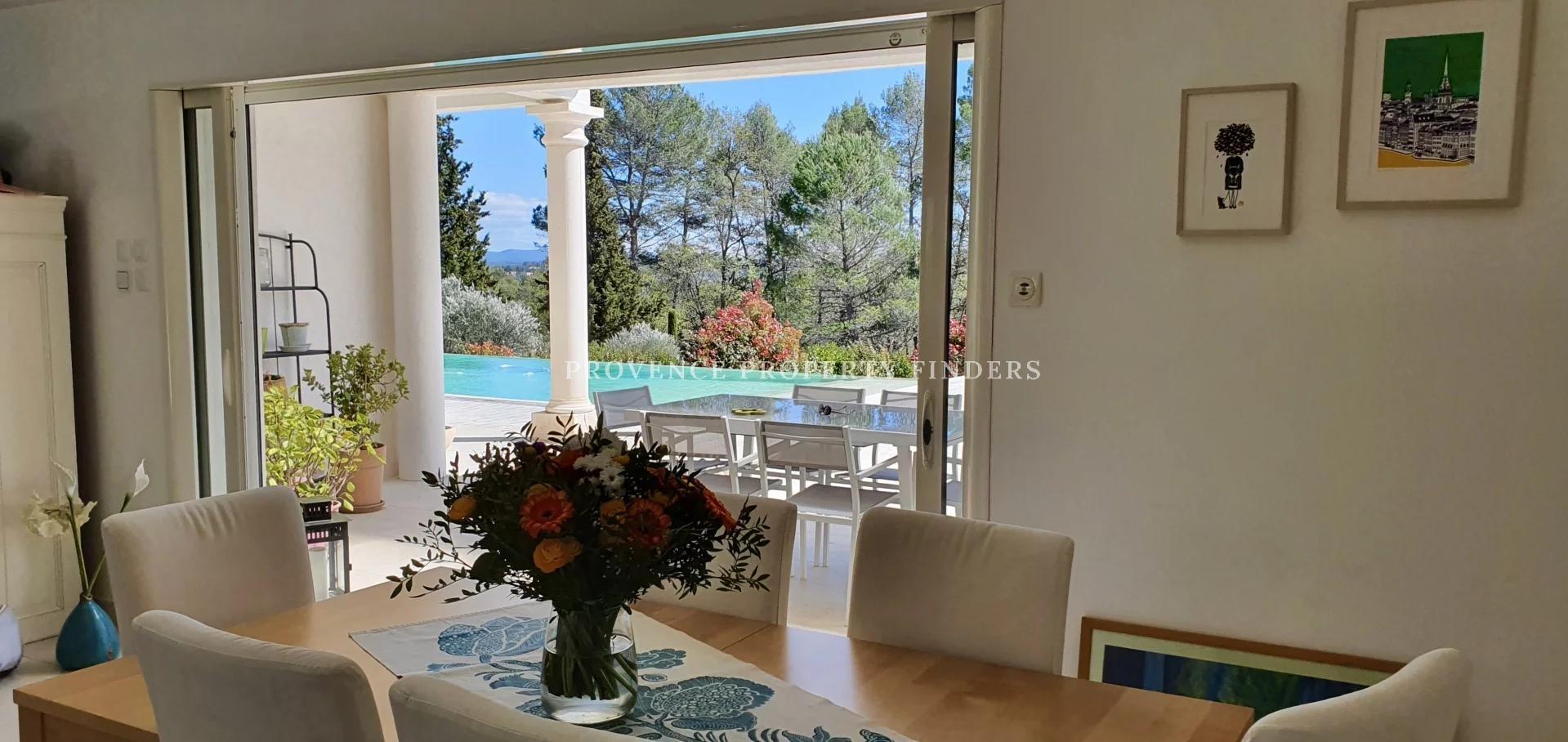 Ground floor modern villa with 4 bedrooms. Peaceful neighbourhood.