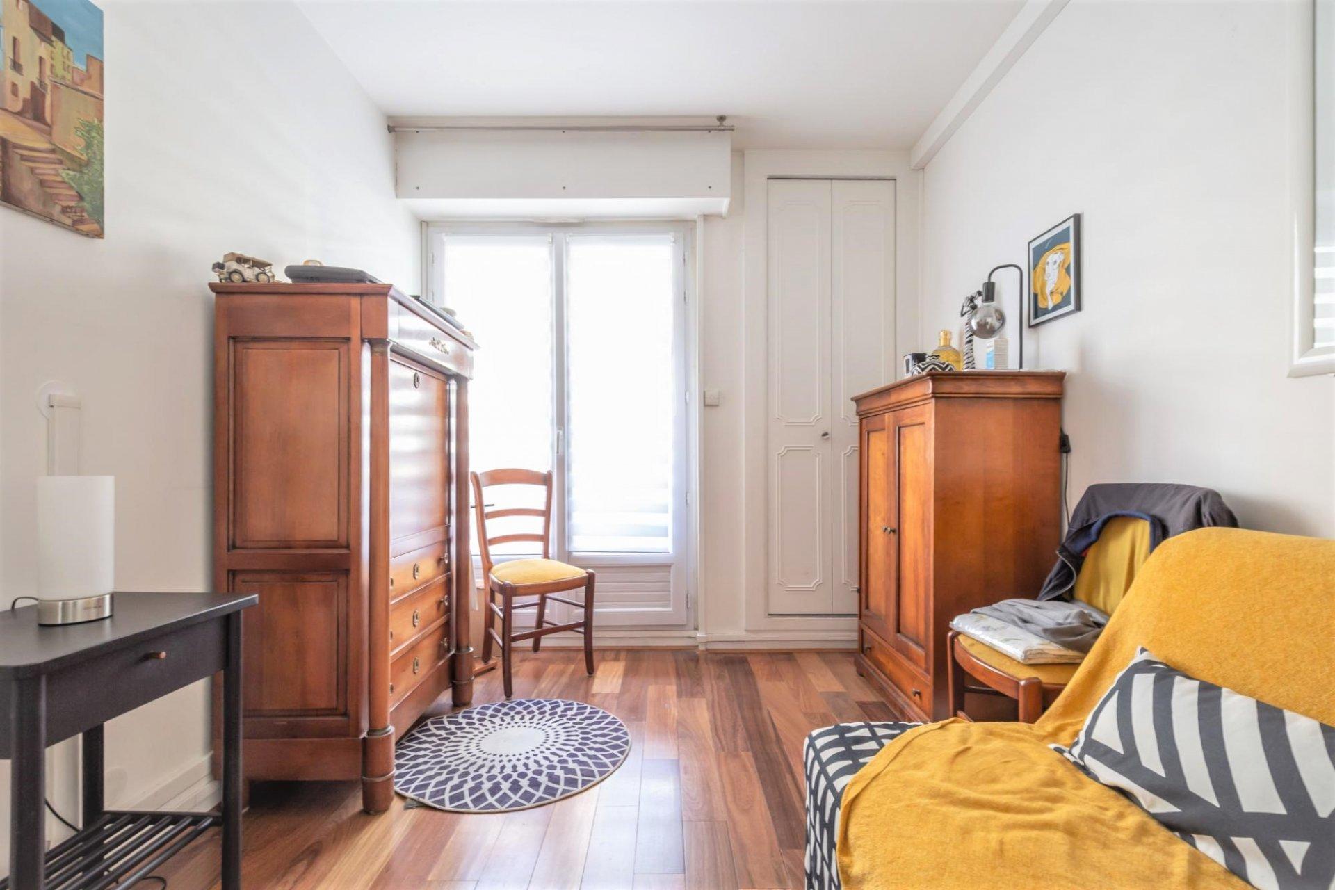 NUE-PROPRIETE APPARTEMENT 3-4 pièces 86 m² CENTRE VILLE