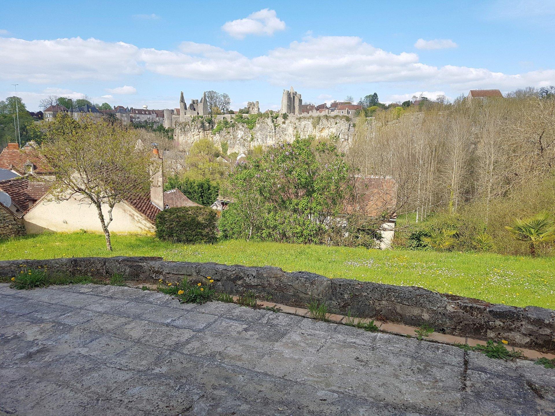 Huis met uitzicht te koop in Angles sur l'Anglin, Vienne 86