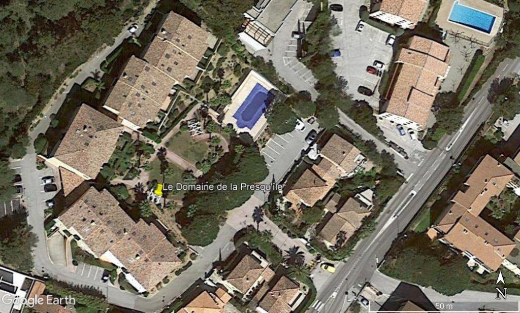 T3 dans résidence de standing avec piscine