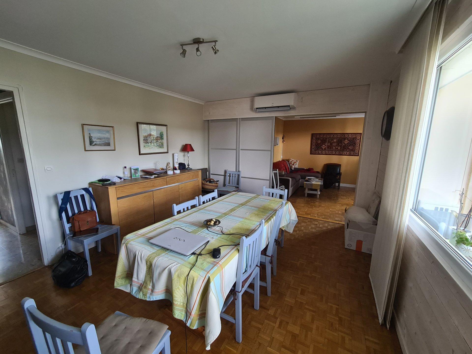 VIENNE, appartement T4 de 80m² avec garage.
