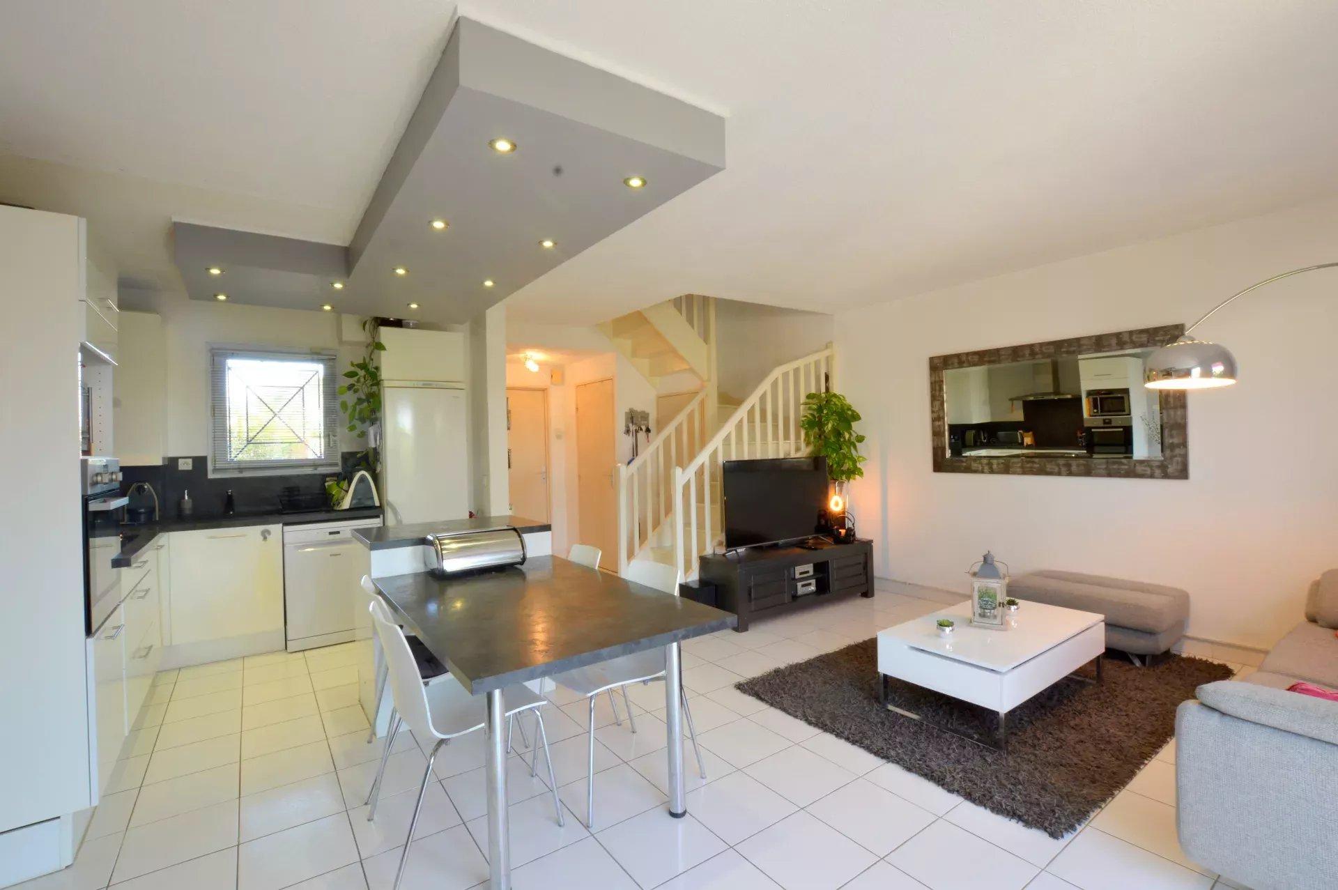 Maison 4 pièces de 72 m² 34120 Mauguio