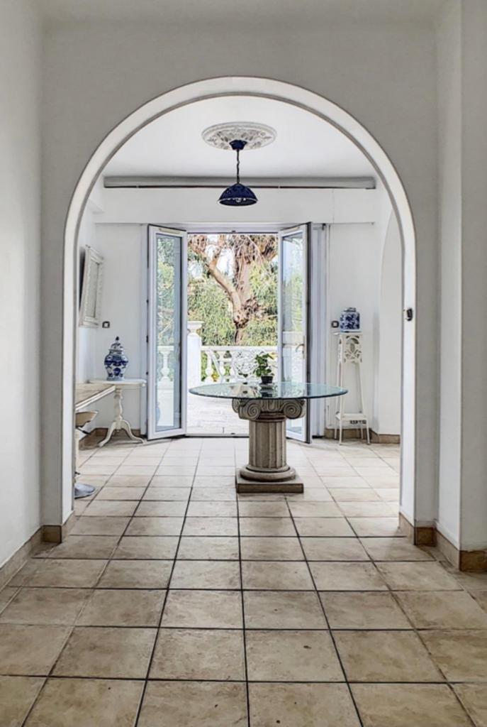 A louer appartement 3 pièces centre Cannes