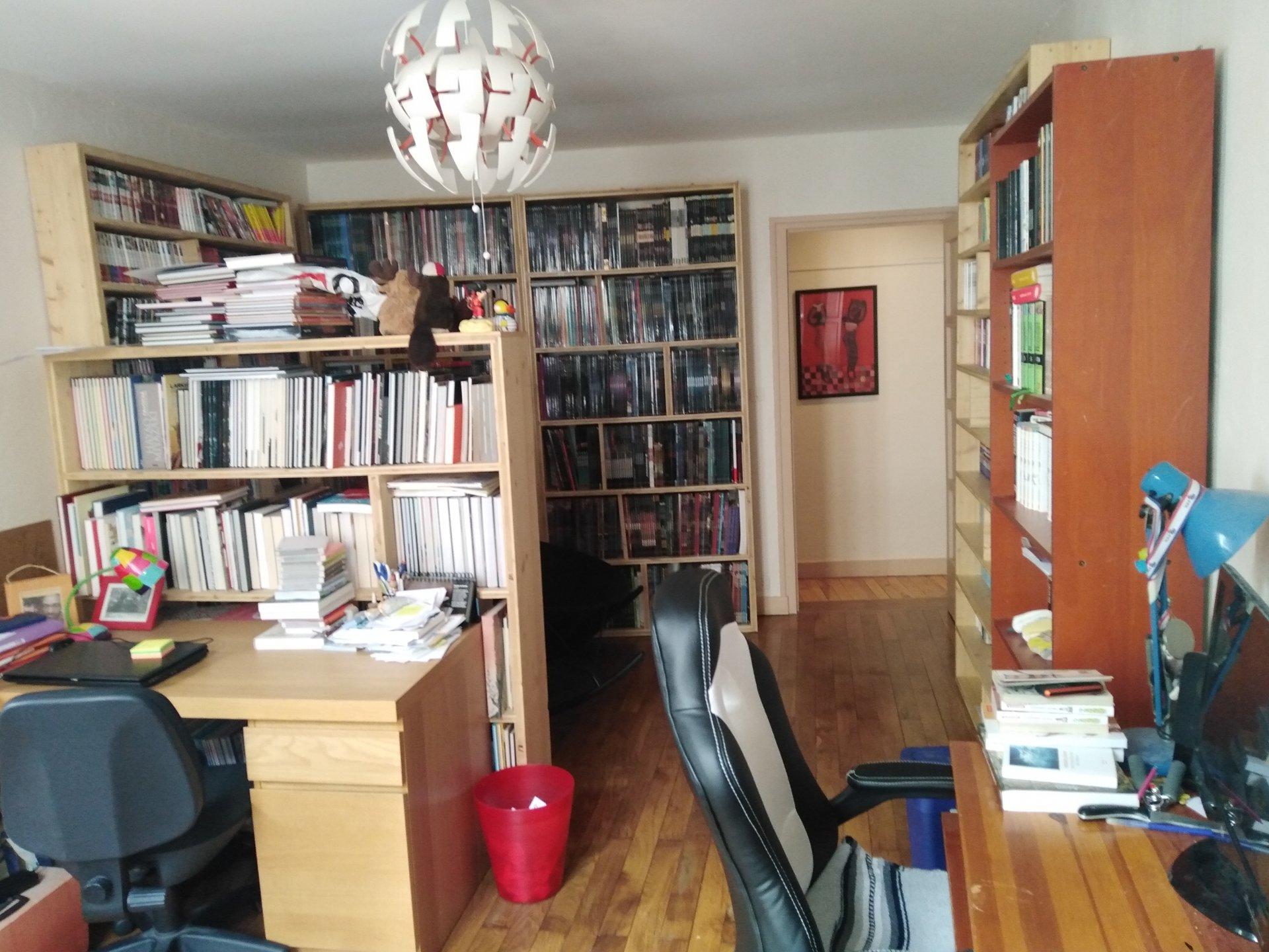 VIENNE, Appartement T5 de 137 m² avec Terrasse de 28 m².