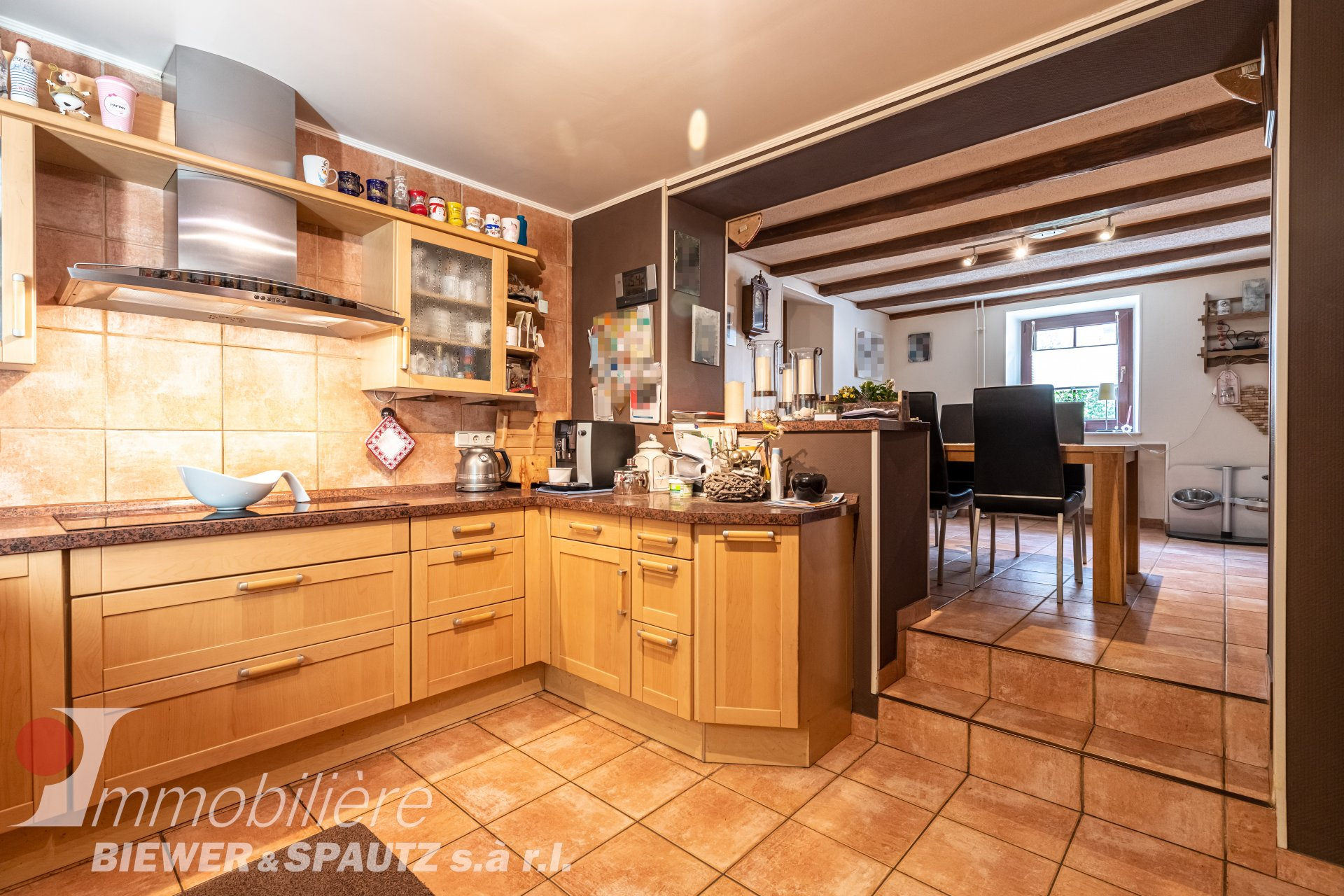 TO SELL - house with 6 bedrooms in Bourglinster
