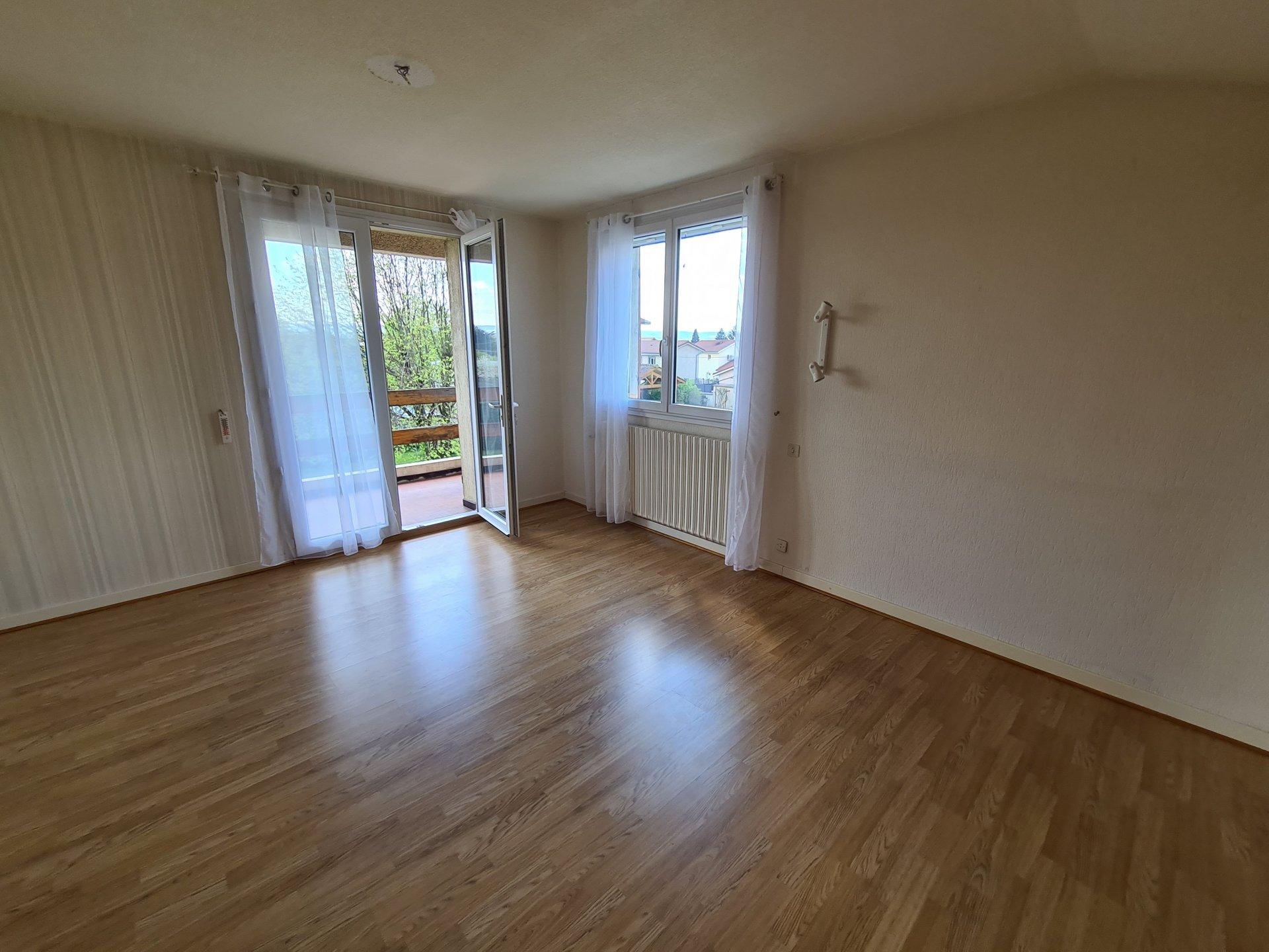 ESTRABLIN, Villa T6 de 172 m² avec terrain de 1560 m²
