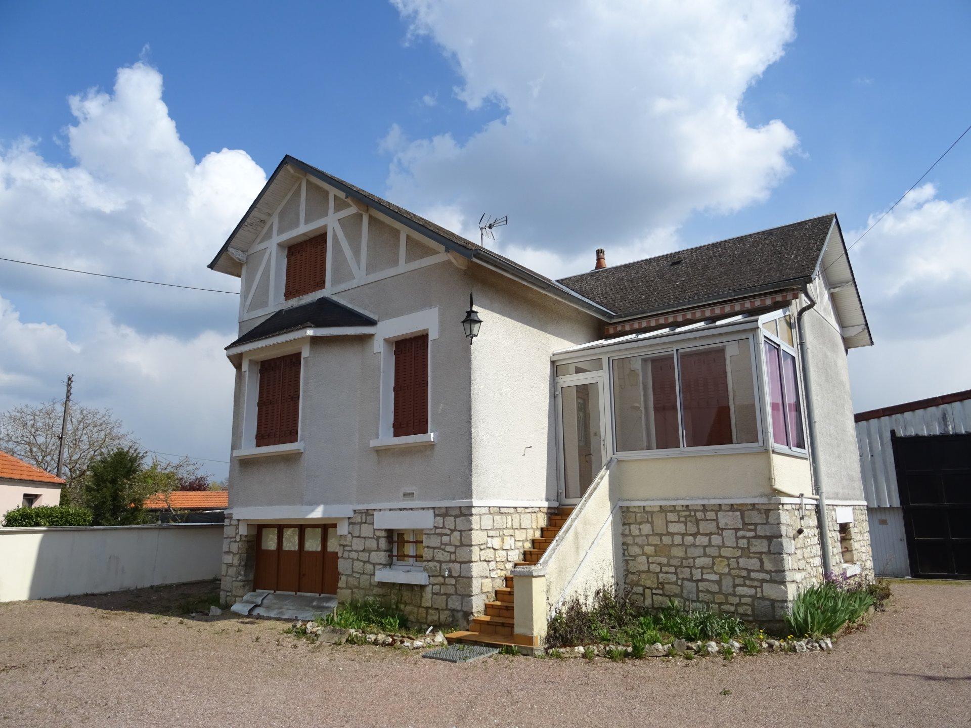 Maison sur sous-sol - Cosne/Loire