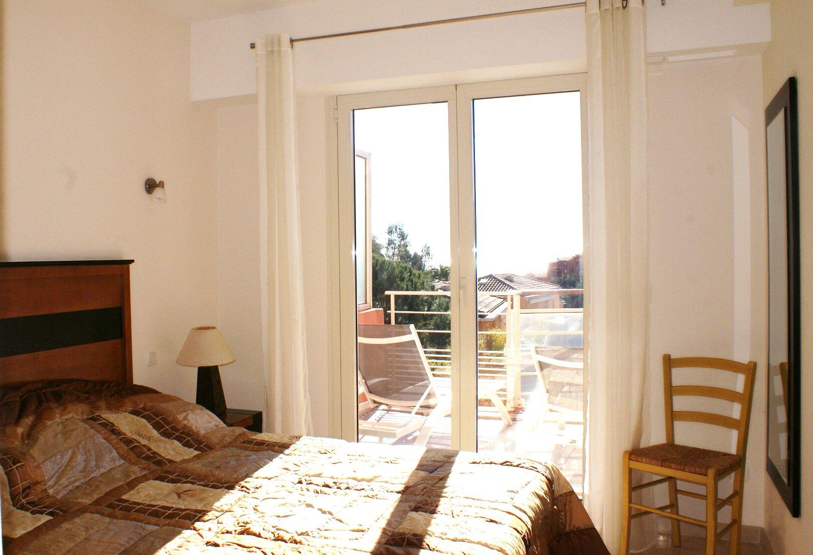 near the beach:  Luxurious  1 bedroom