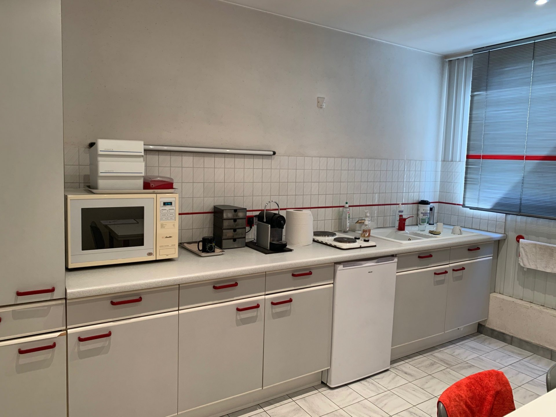 SALLANCHES - A LOUER LOCAL - ENTREPOT 450m²