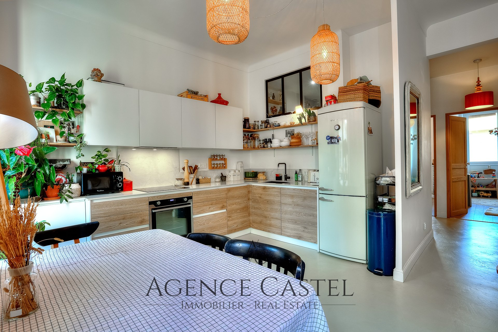 NICE LE PORT - SUPERB 2 BEDROOMS APARTMENT WITH BALCONY