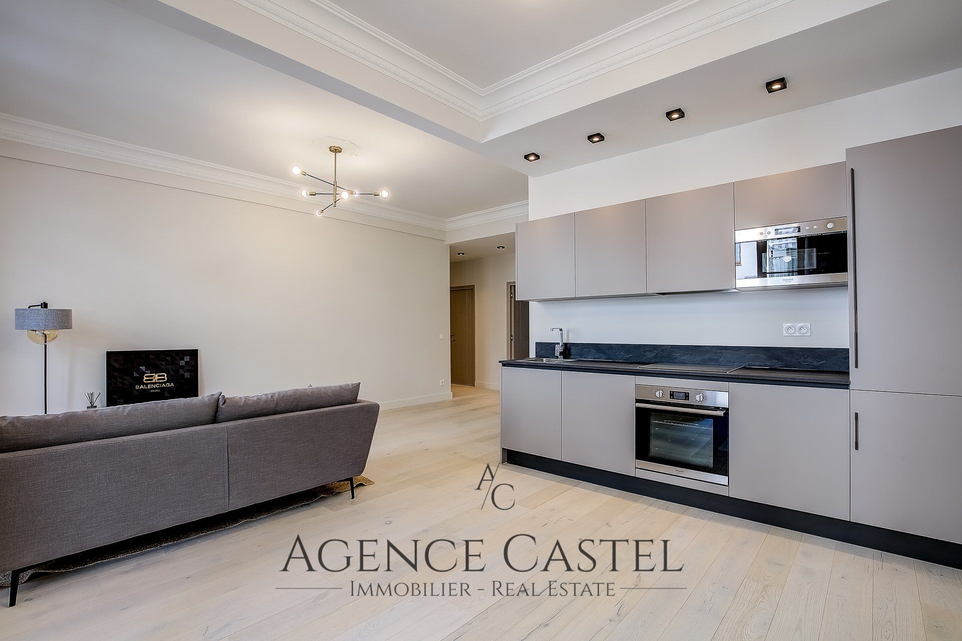 NICE MUSICIENS - SUPERB TWO BEDROOMS APARTMENT