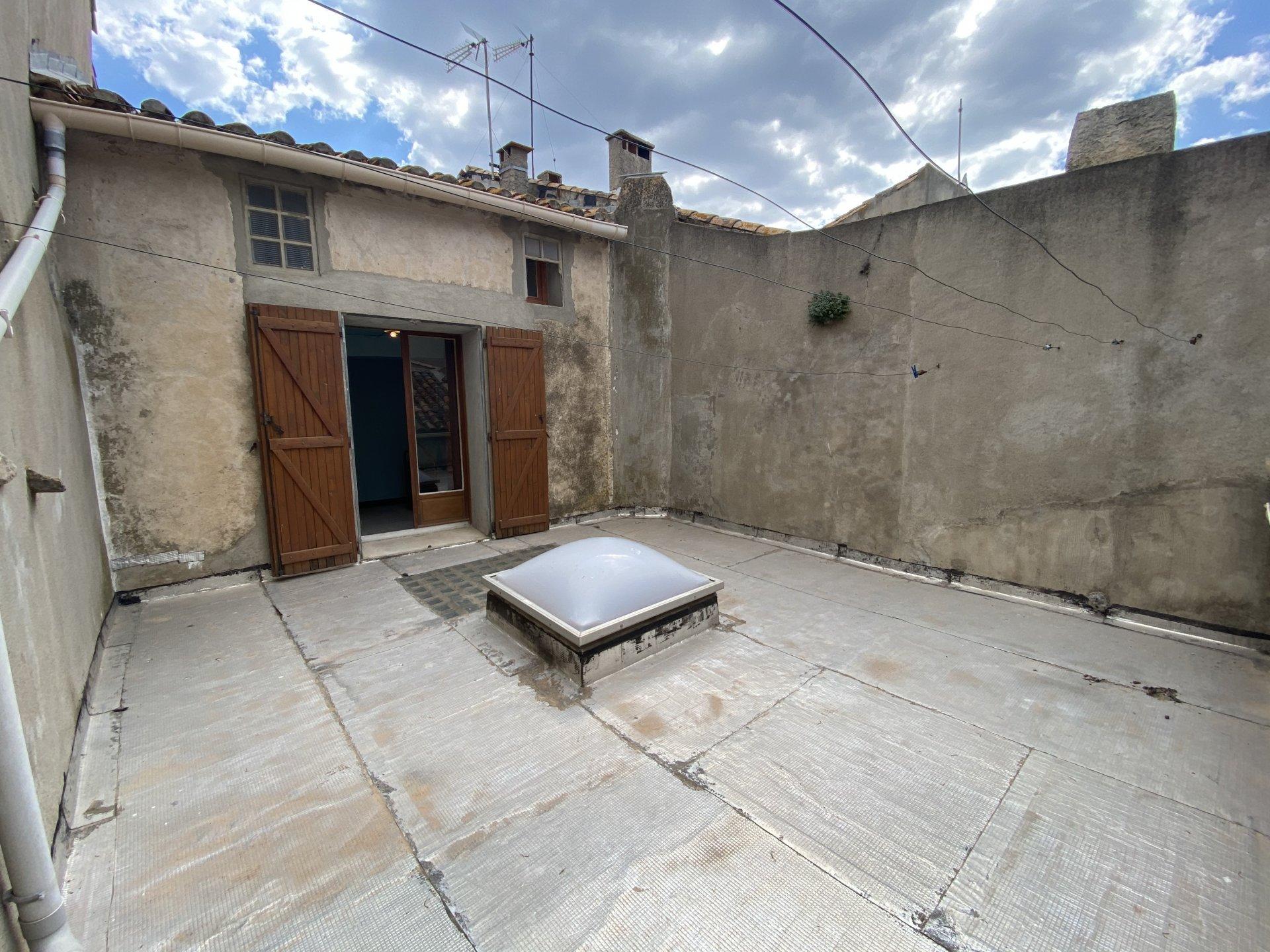 Gruissan maison de village T8 avec terrasse