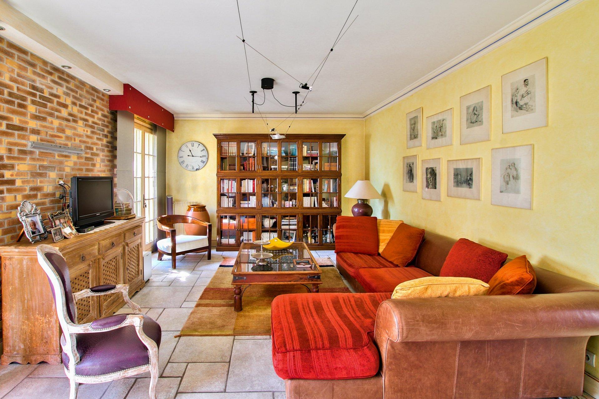 maison de 138.4 m2 comprenant 5 pièces