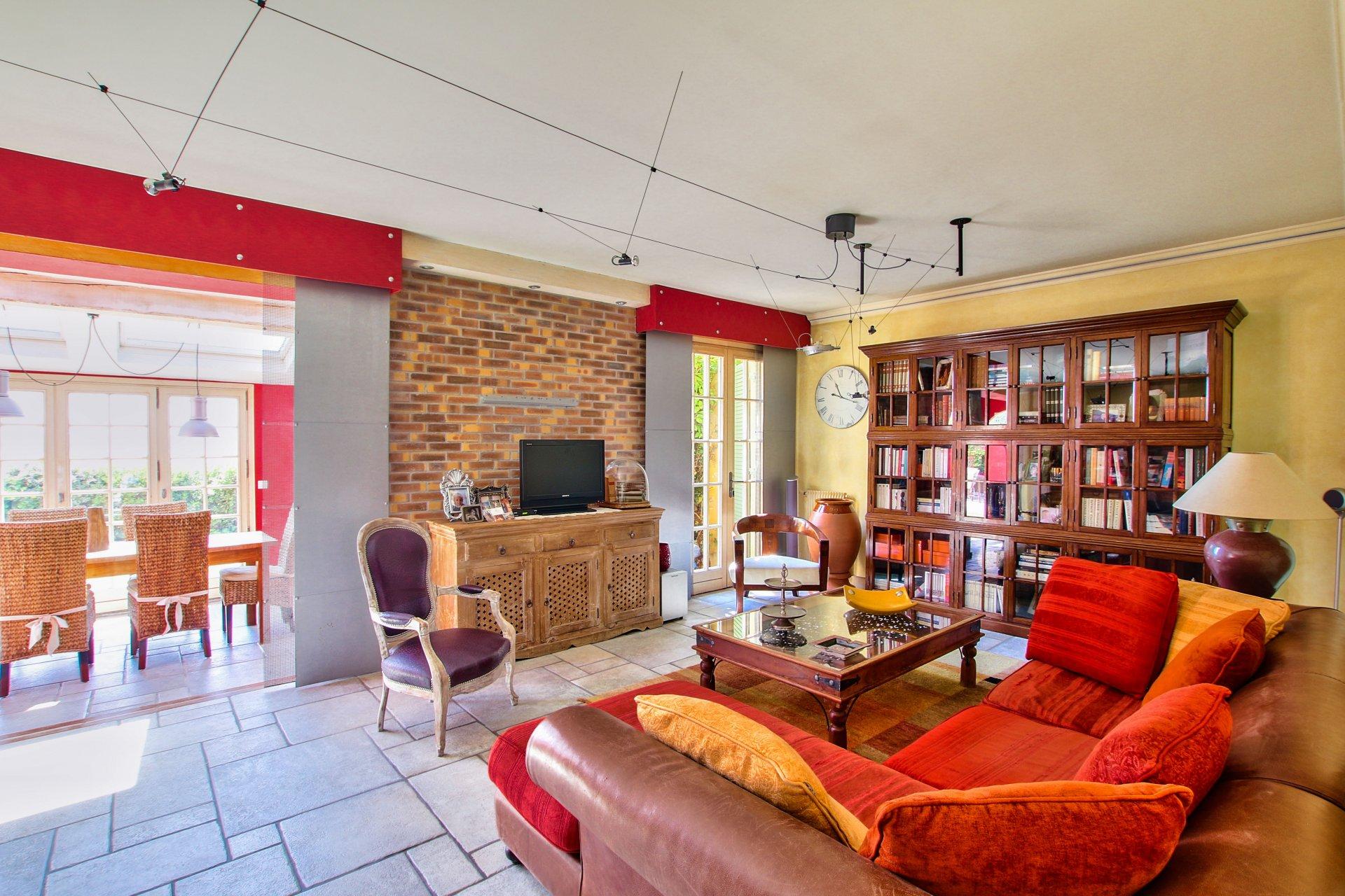 maison disponible à la vente à Saint-Laurent-du-Var