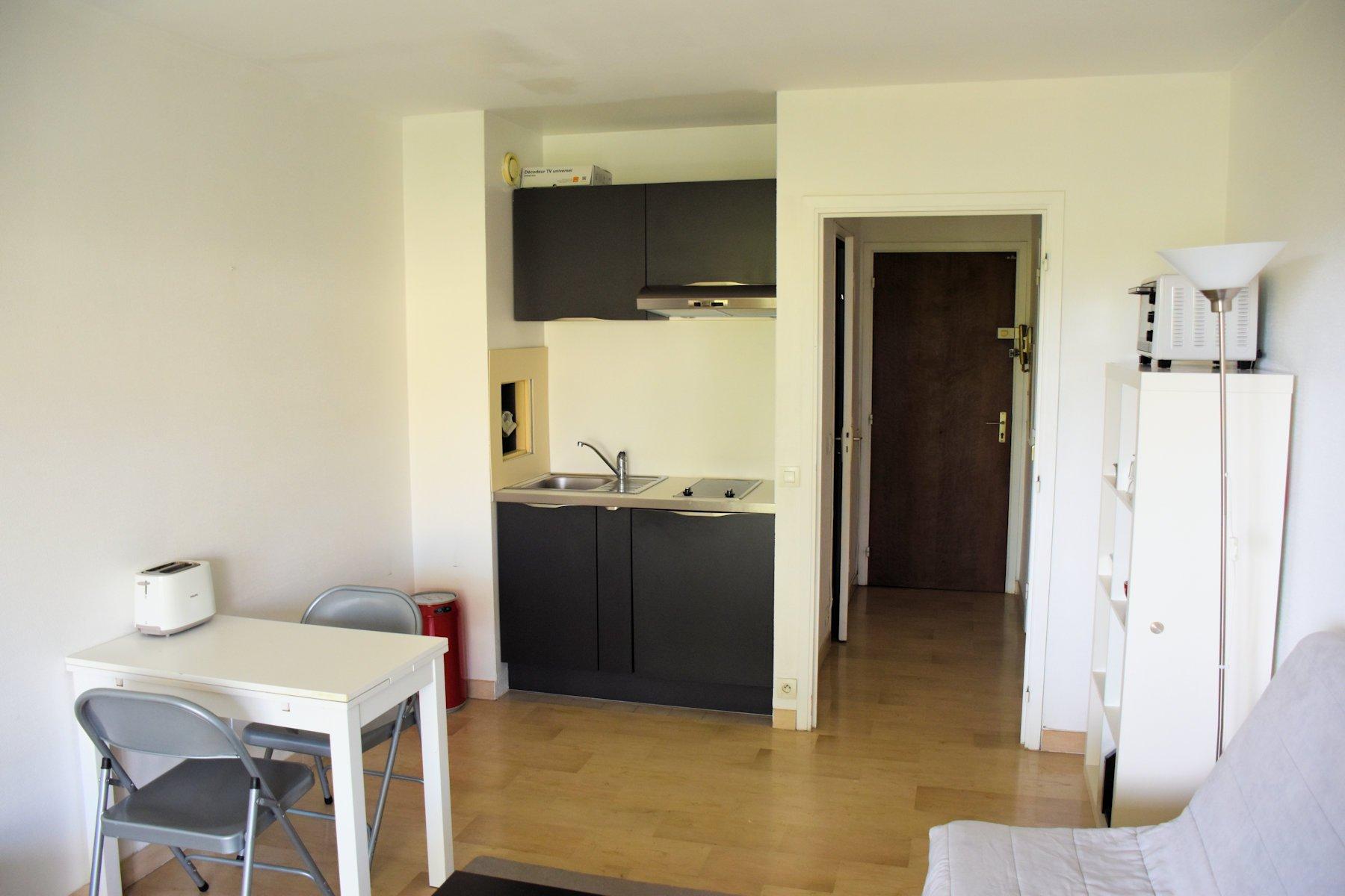 Studio meublé + pkg à louer Nice Ouest Bas Fabron