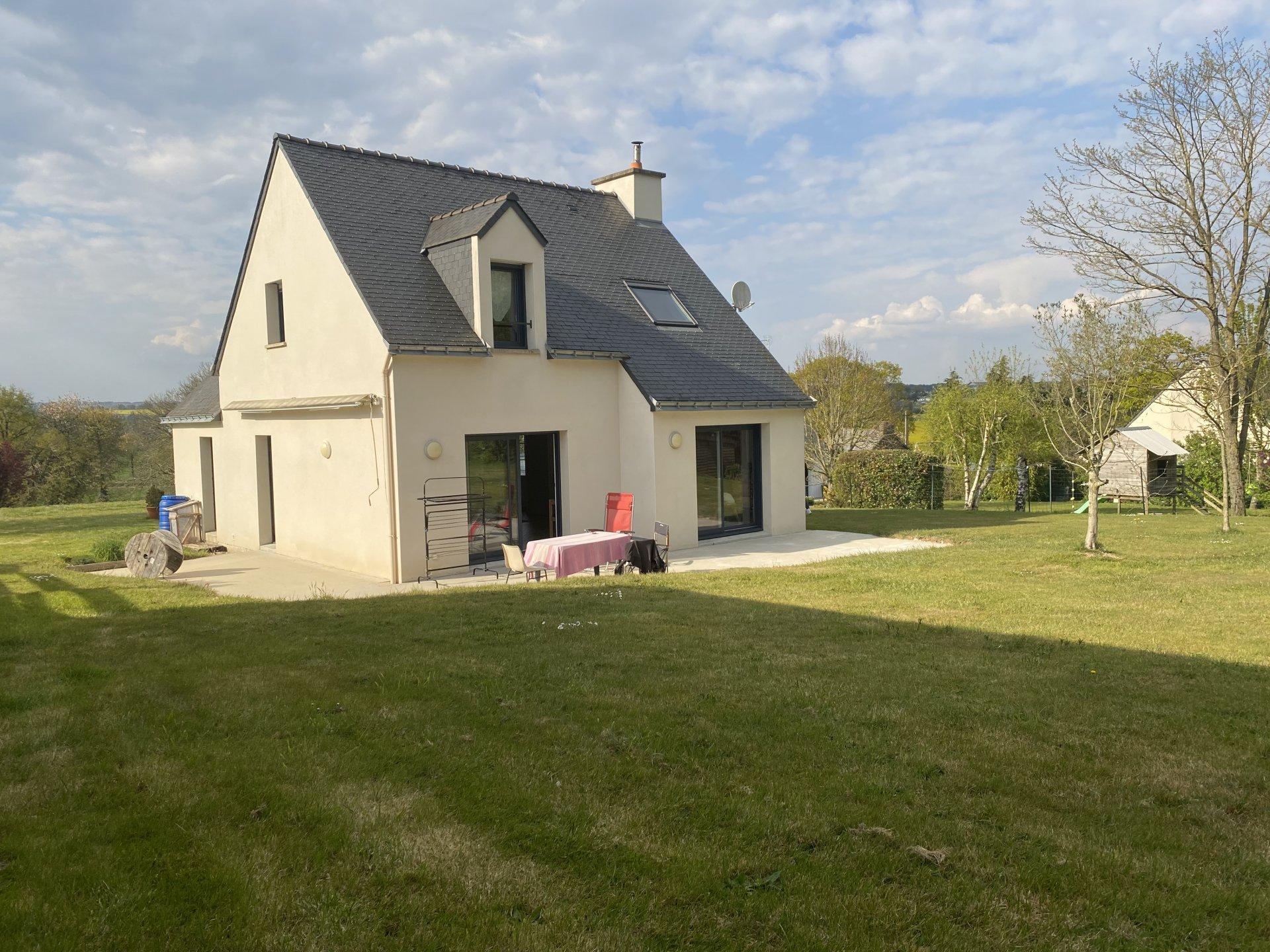 Sale House - Guer