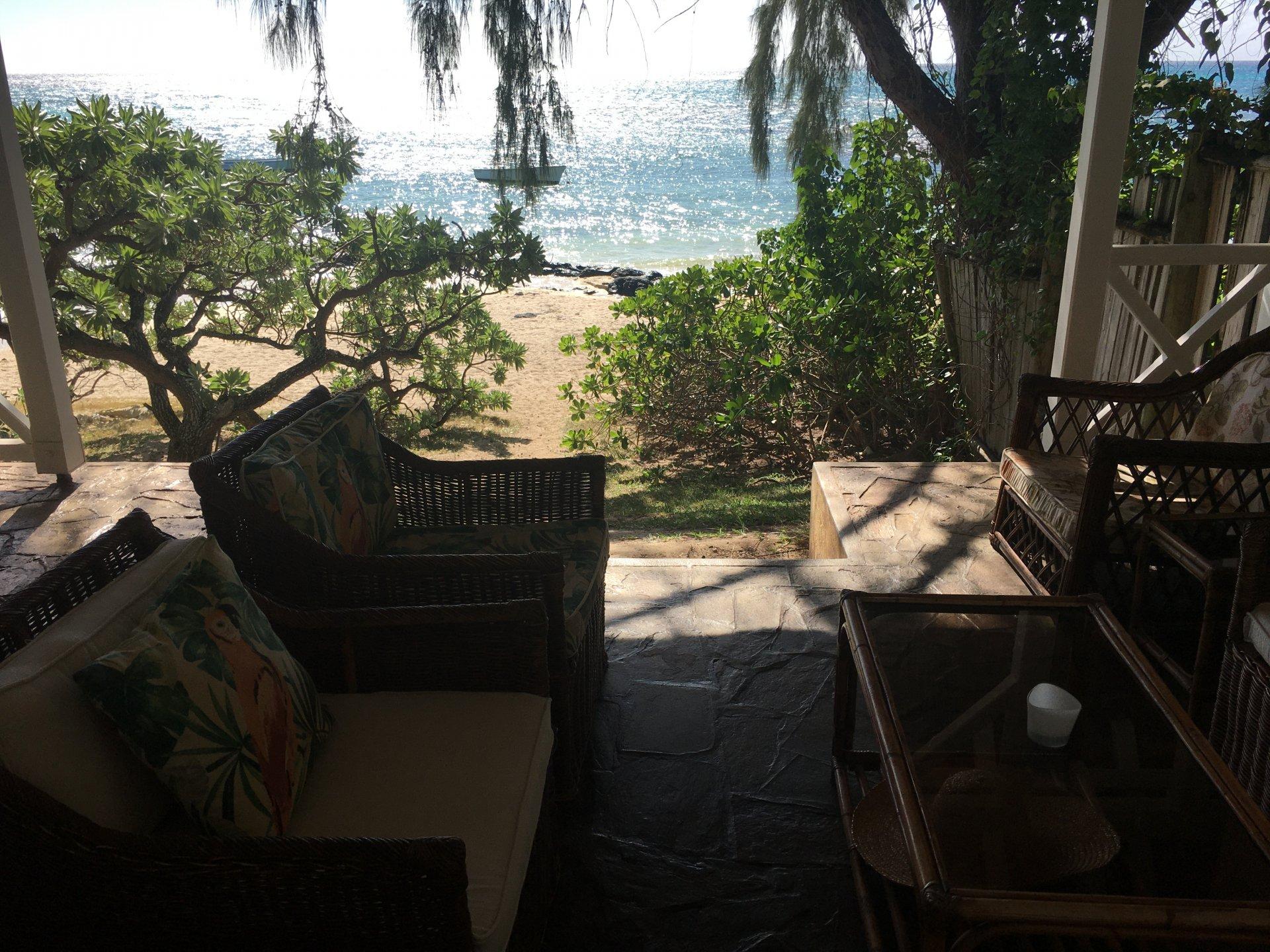Villa avec vue panoramique et plage privée à louer