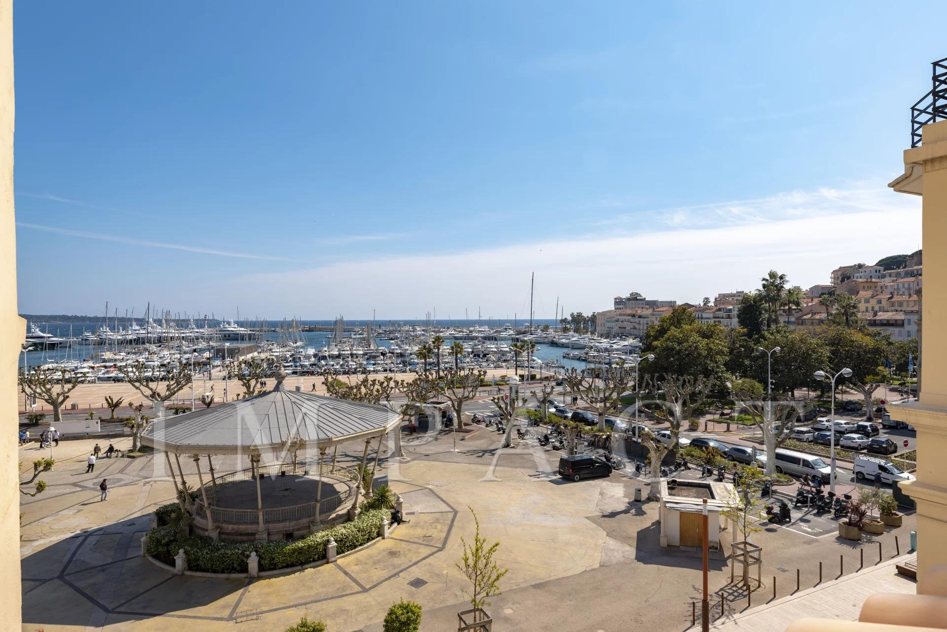 Appartement duplex 4 pièces à vendre - Cannes Vue mer