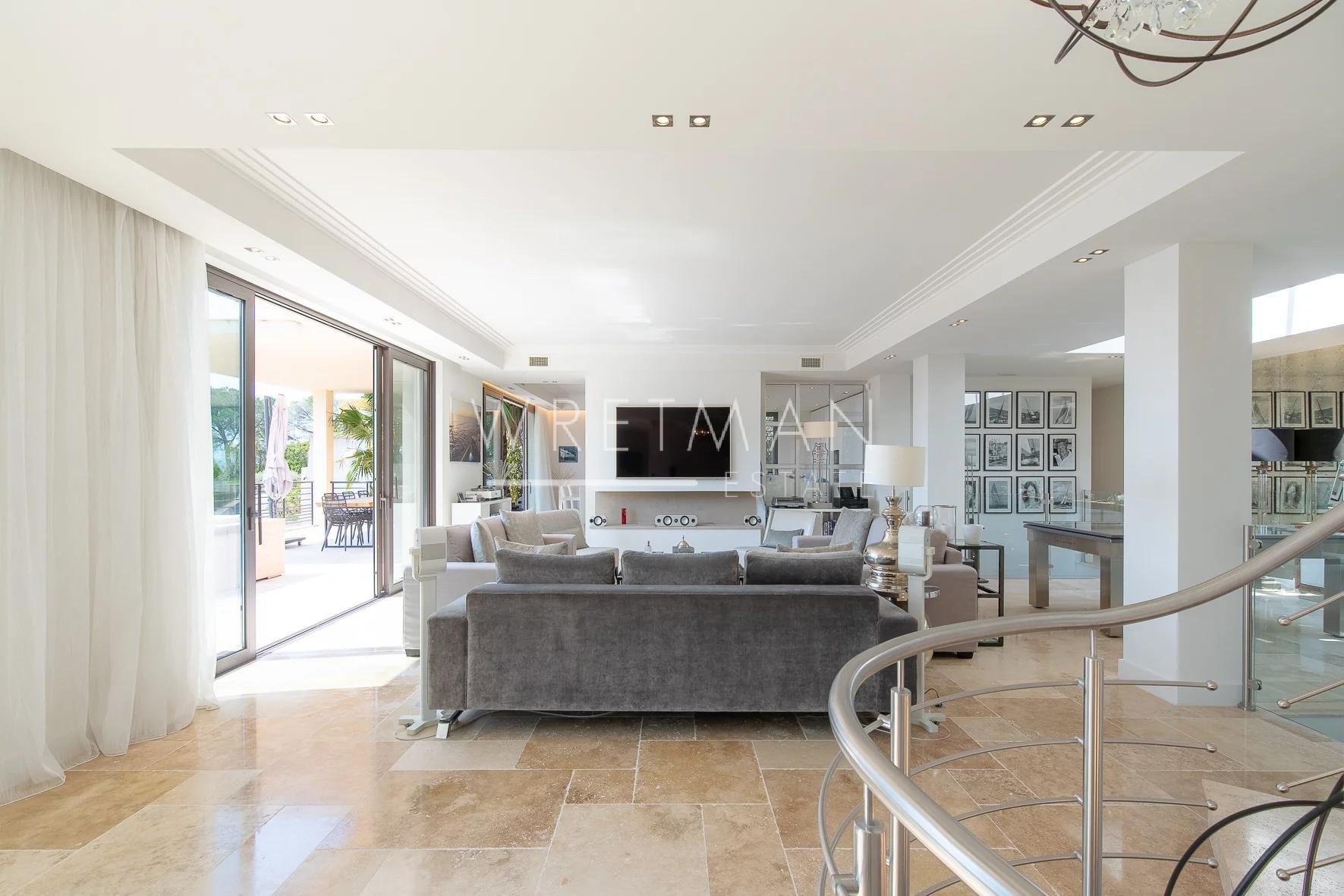 Prestigefylld nybyggd villa med havsutsikt - Sainte Maxime