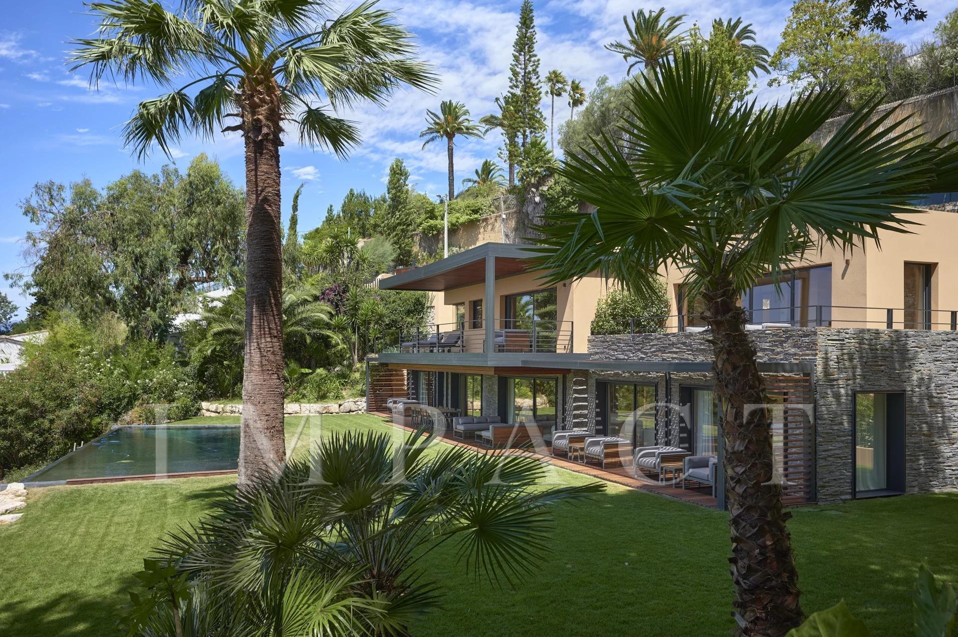 Villa vue mer baie de Cannes à vendre