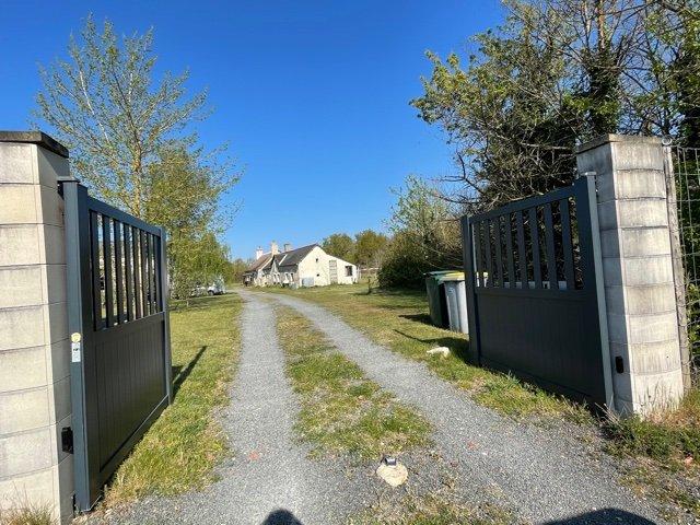 Sale House - Noyant-Villages