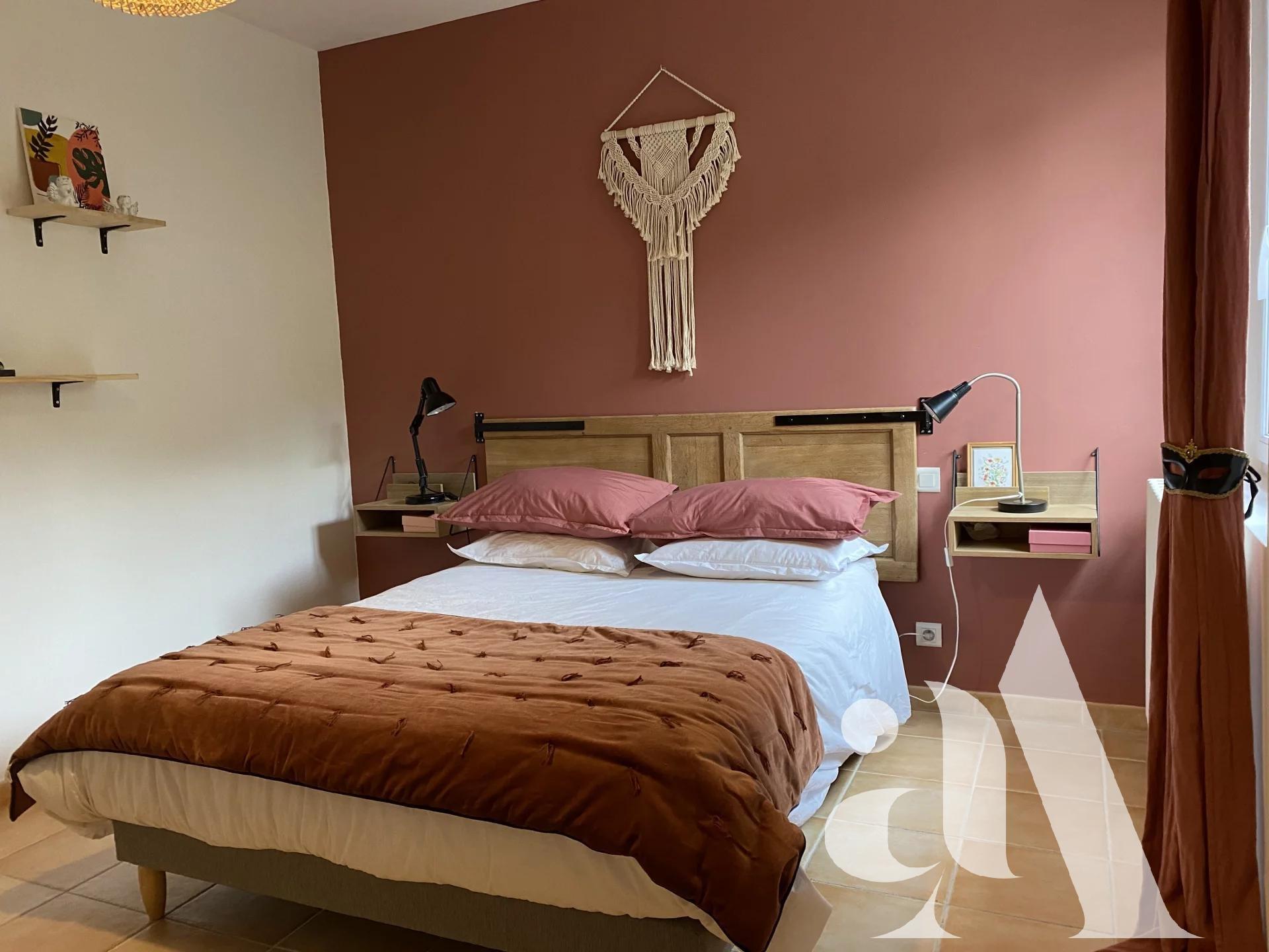 VILLA RUBIS - EYGALIERES - ALPILLES - PROVENCE- 4 chambres - 8 personnes