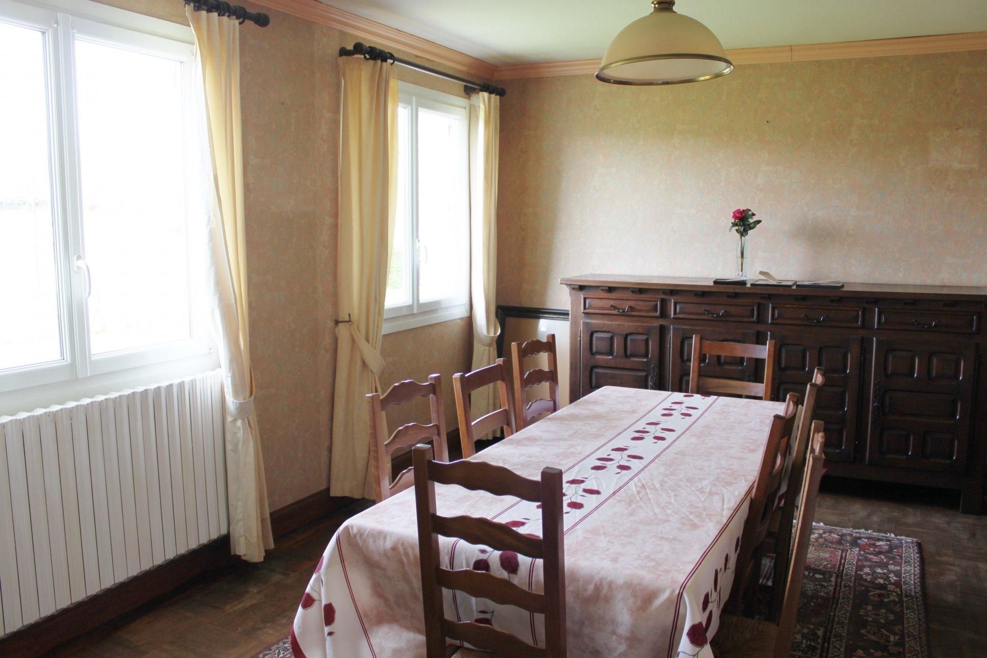 Maison 5 pièces 100m² - Lampaul Guimiliau