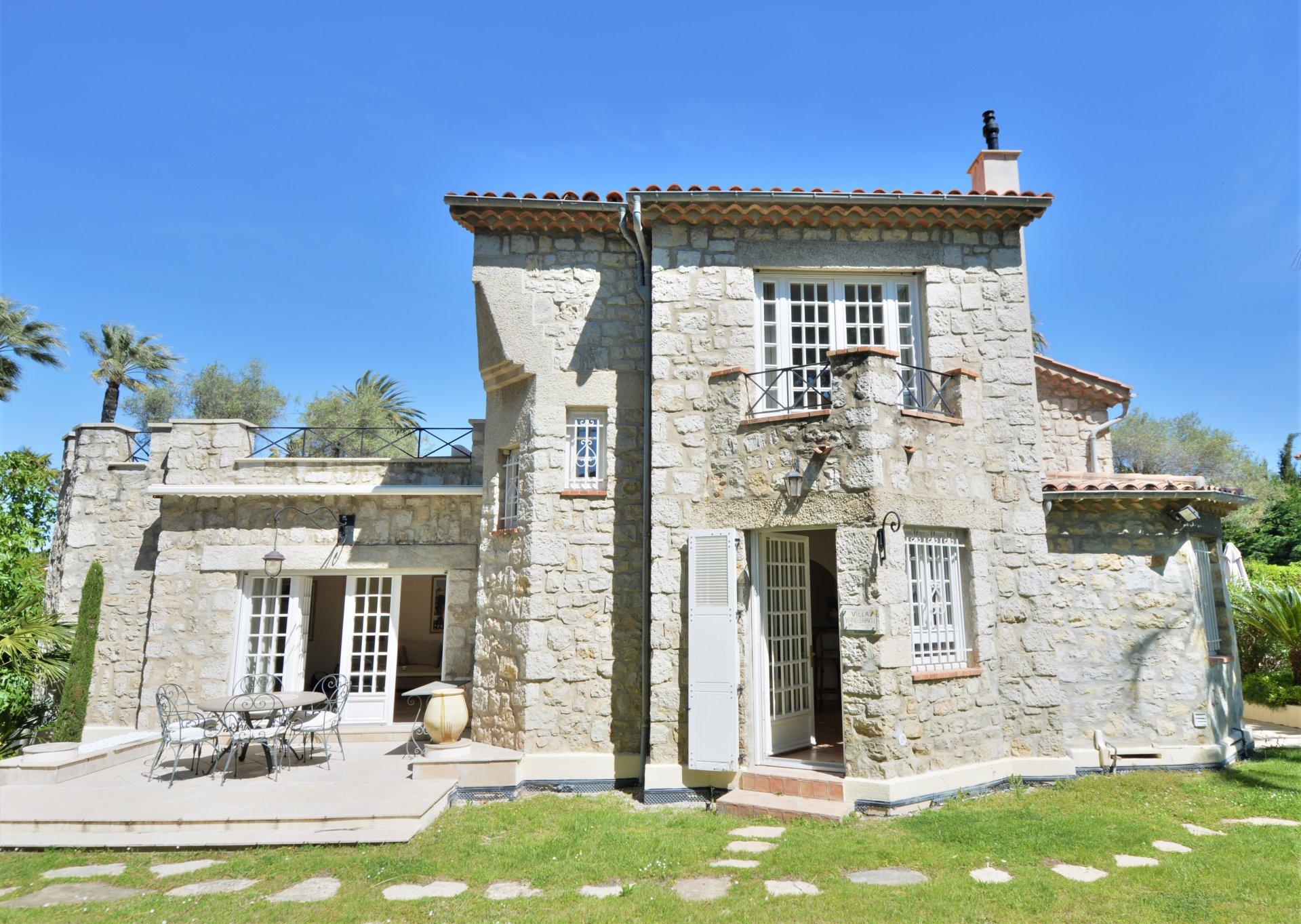 CAP D'ANTIBES Provenсal Villa