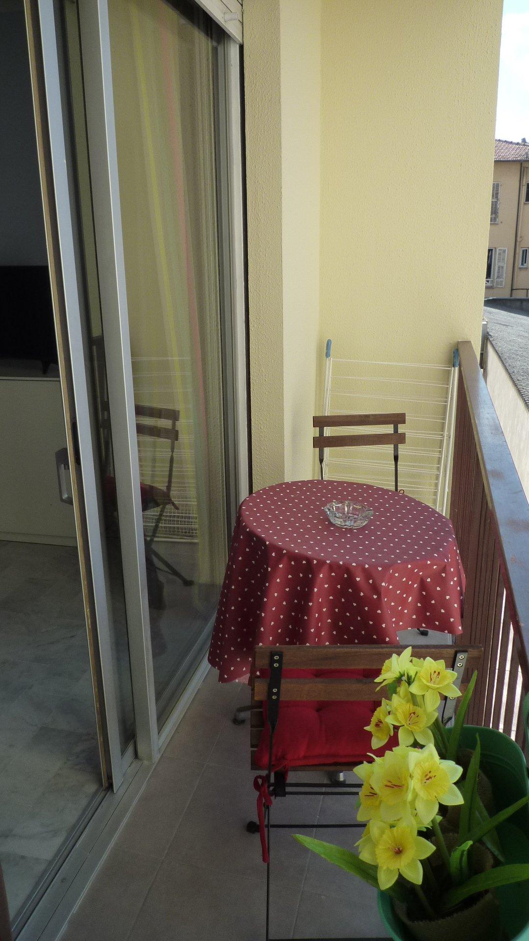 Grand Studio meuble ,  / Magnan / Tramway / Promenade des Anglais
