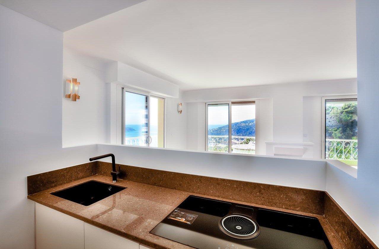 Helrenoverad 3:a på översta våning med en 35m² terrass med havsutsikt - Villefranche-sur-Mer