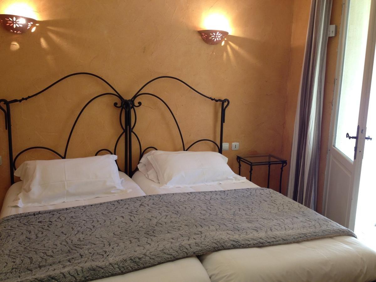 VENDS HOTEL 3* RESTAURANT DANS LE LUBERON