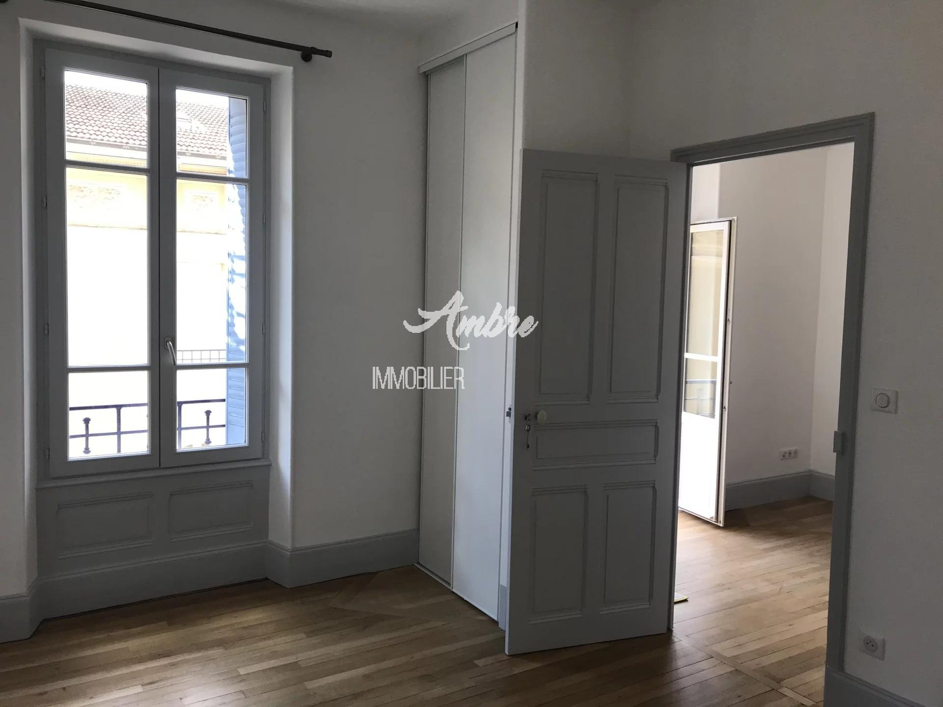 VALENCE APPARTEMENT 56 m² T3