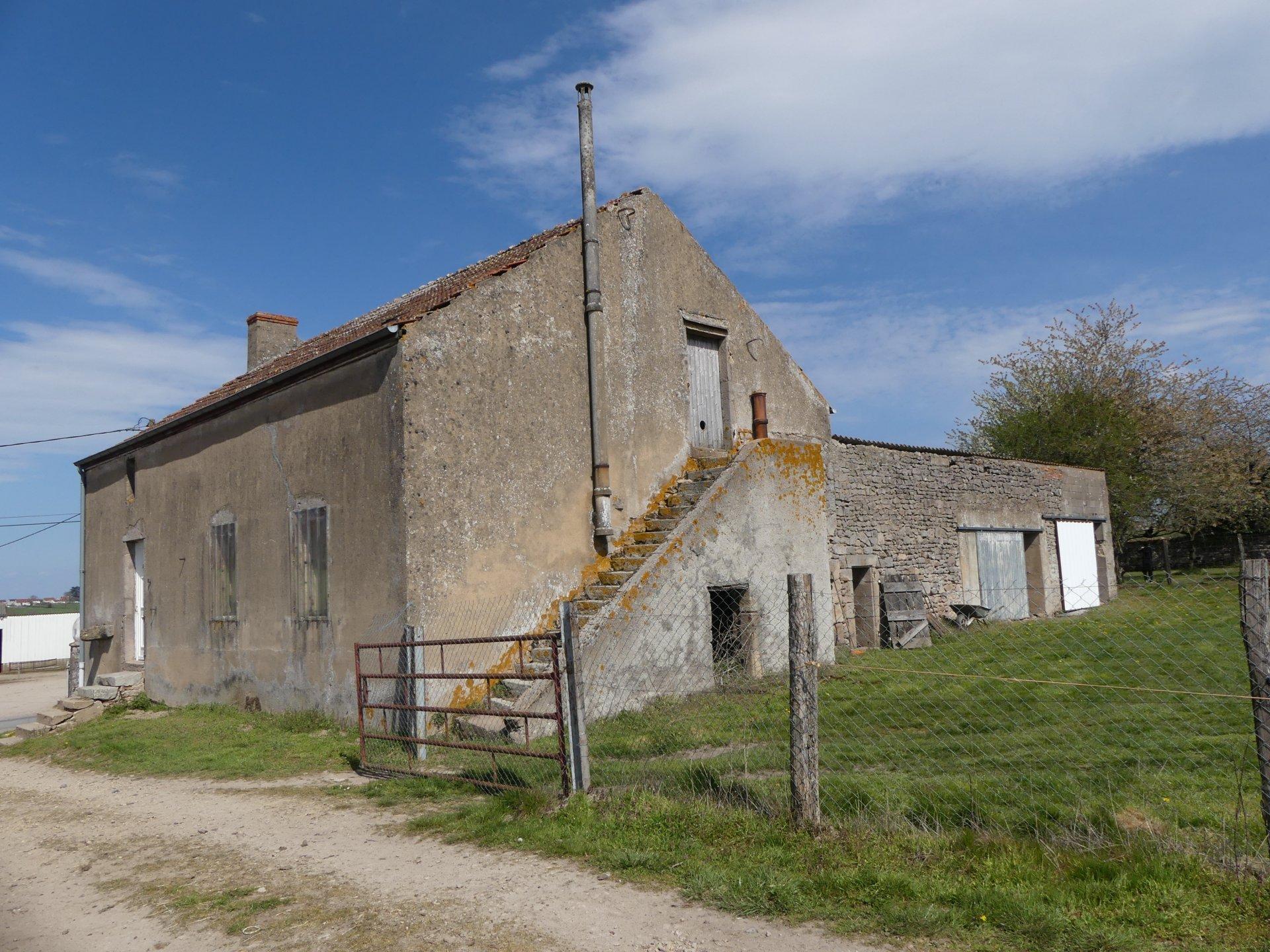 MAISON EN PIERRE - ST EUSÈBE (71)