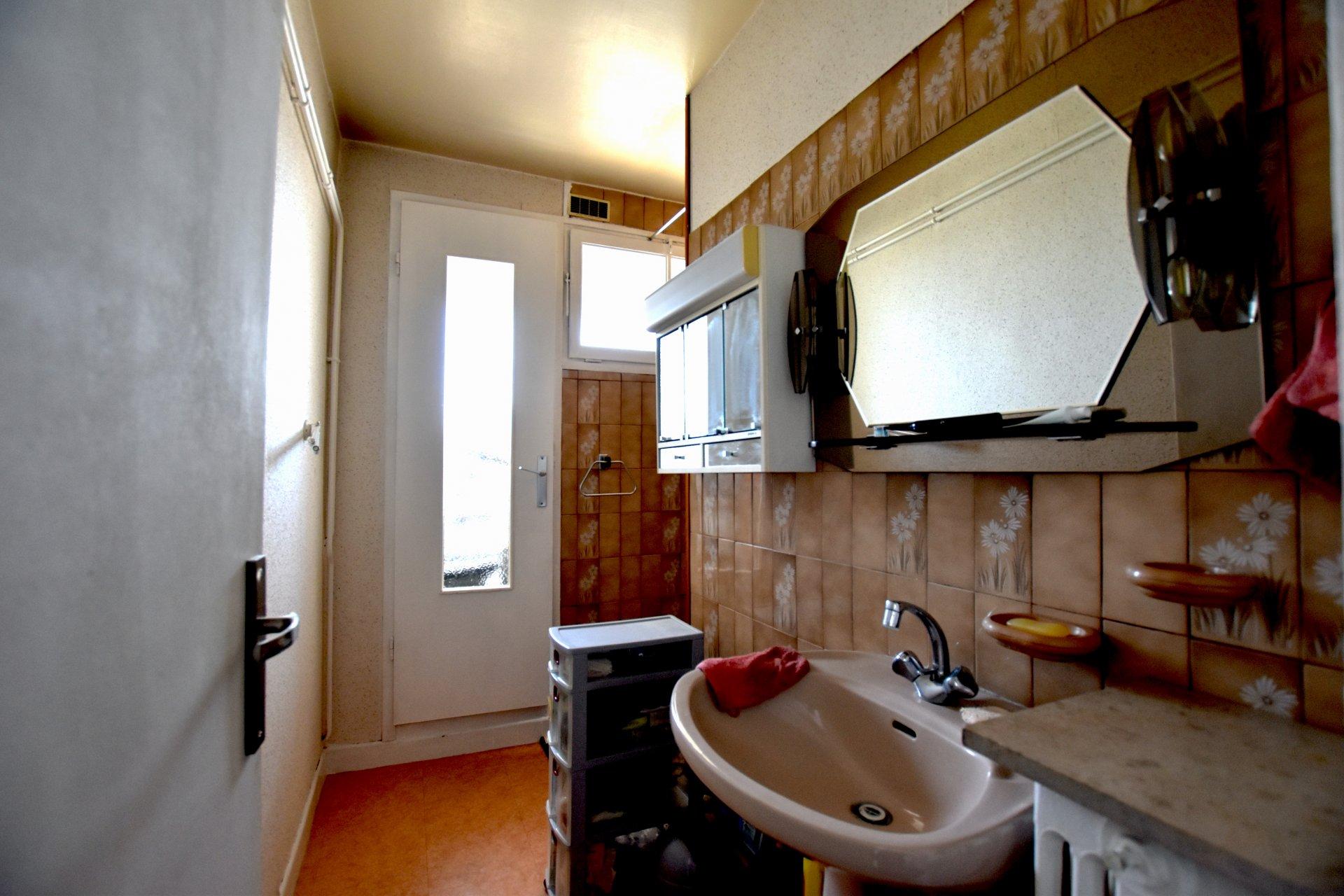 Bel appartement dans résidence verdoyante