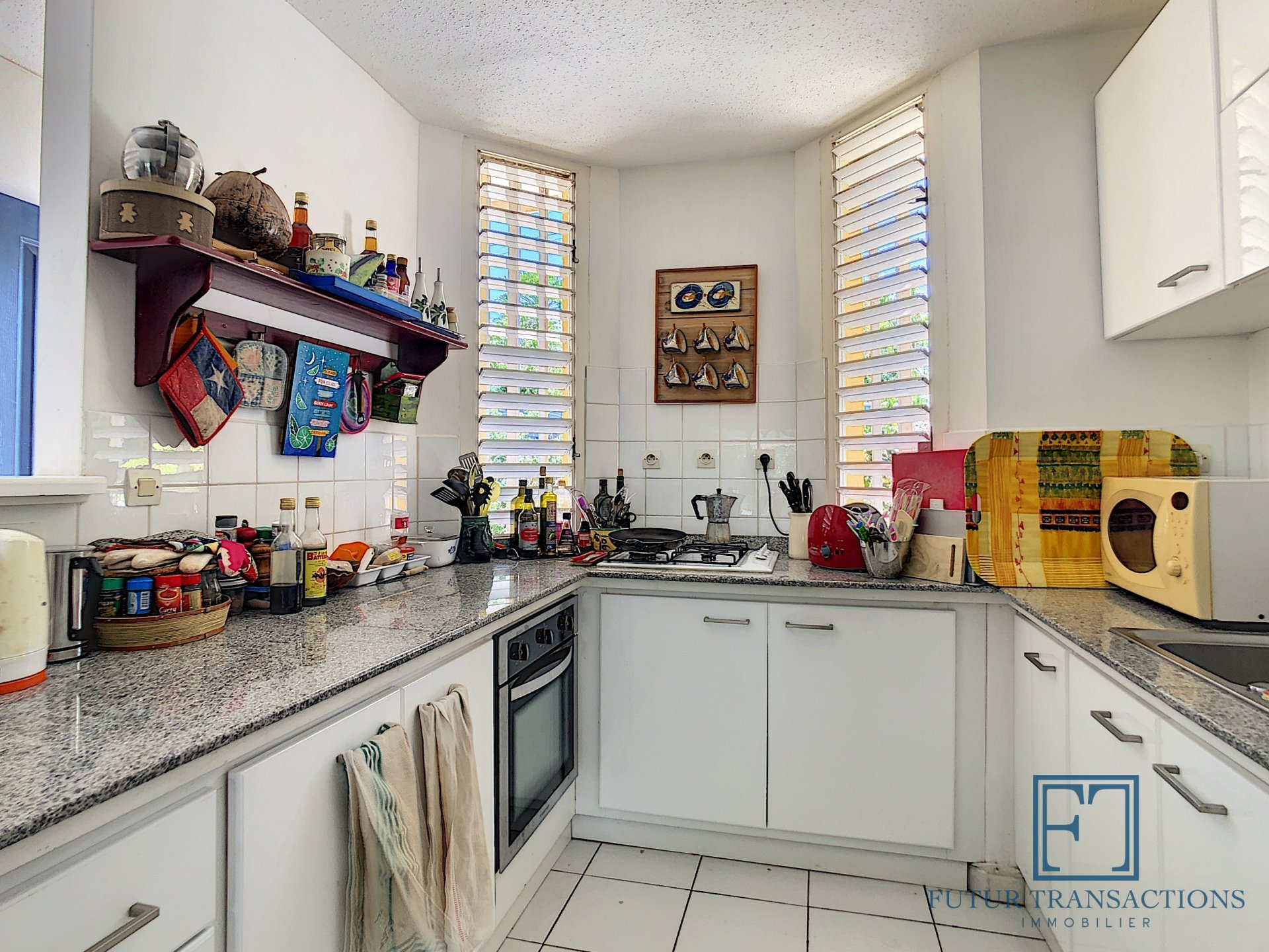 Triplex 5 pièces secteur résidentiel