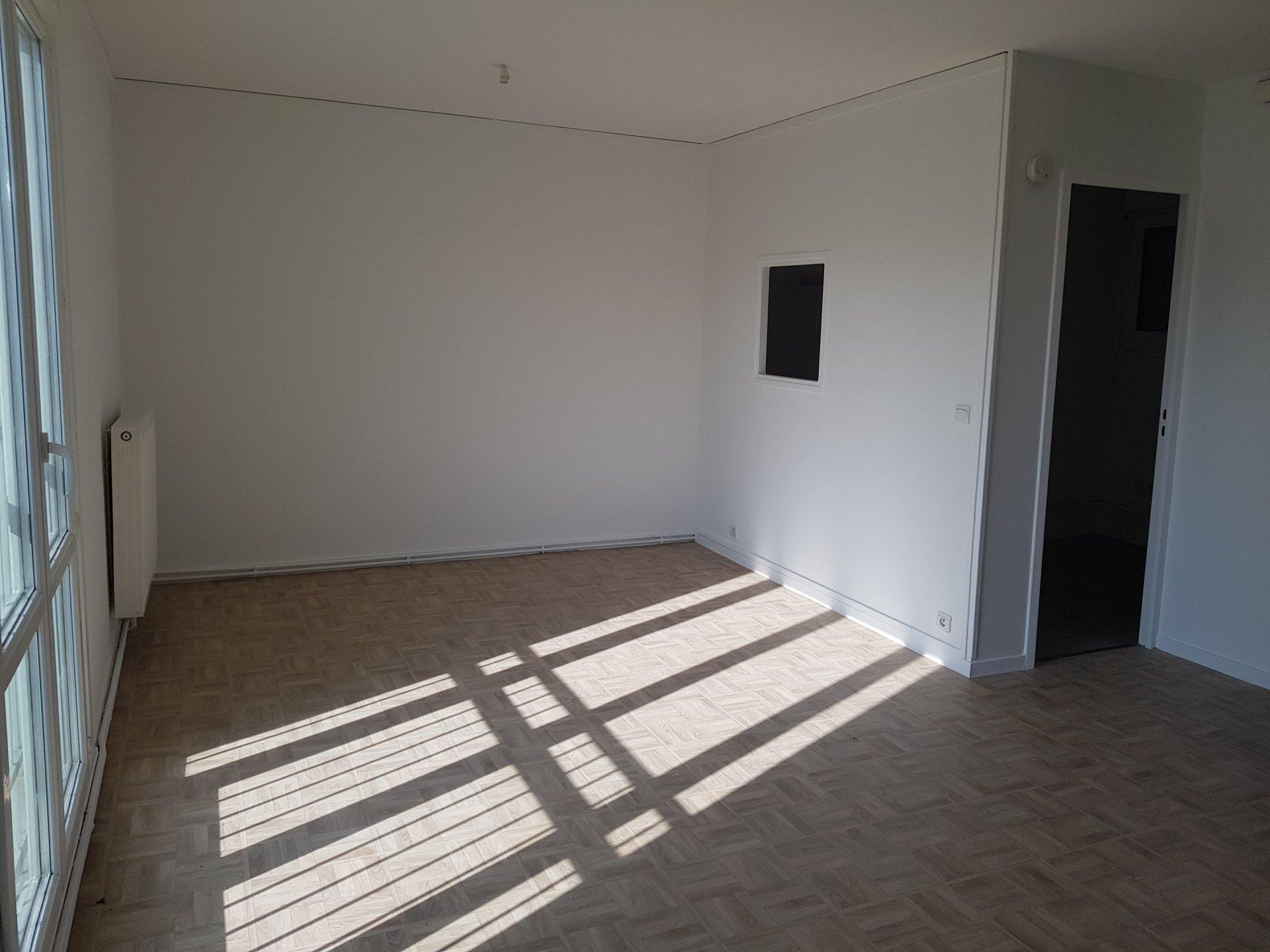 Vente Appartement - Jouy-le-Moutier