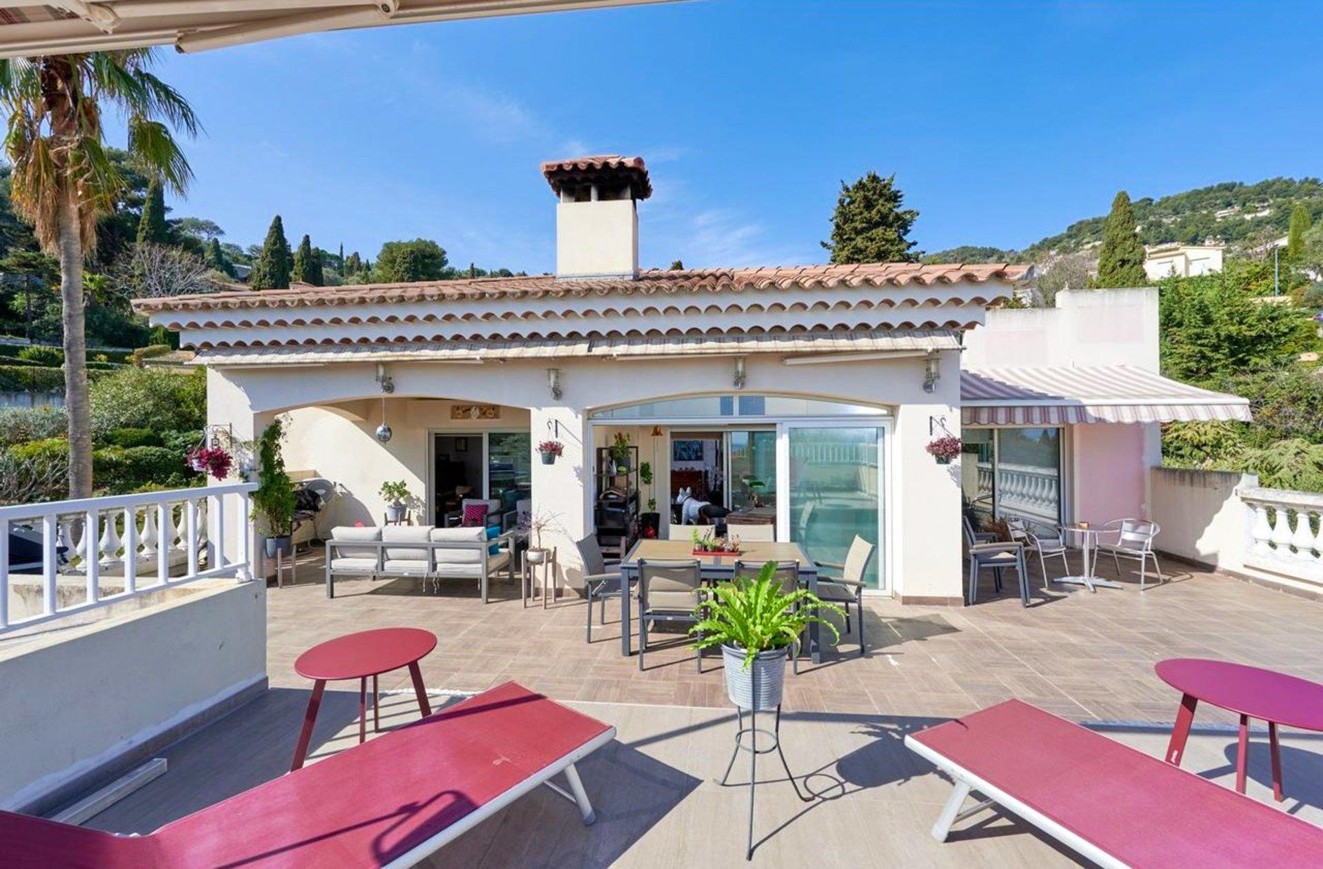 5:a med stora terrasser - Roquebrune Cap Martin