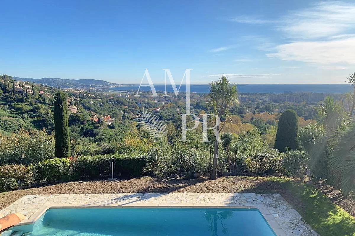 Closed guarded domain, panoramic sea view