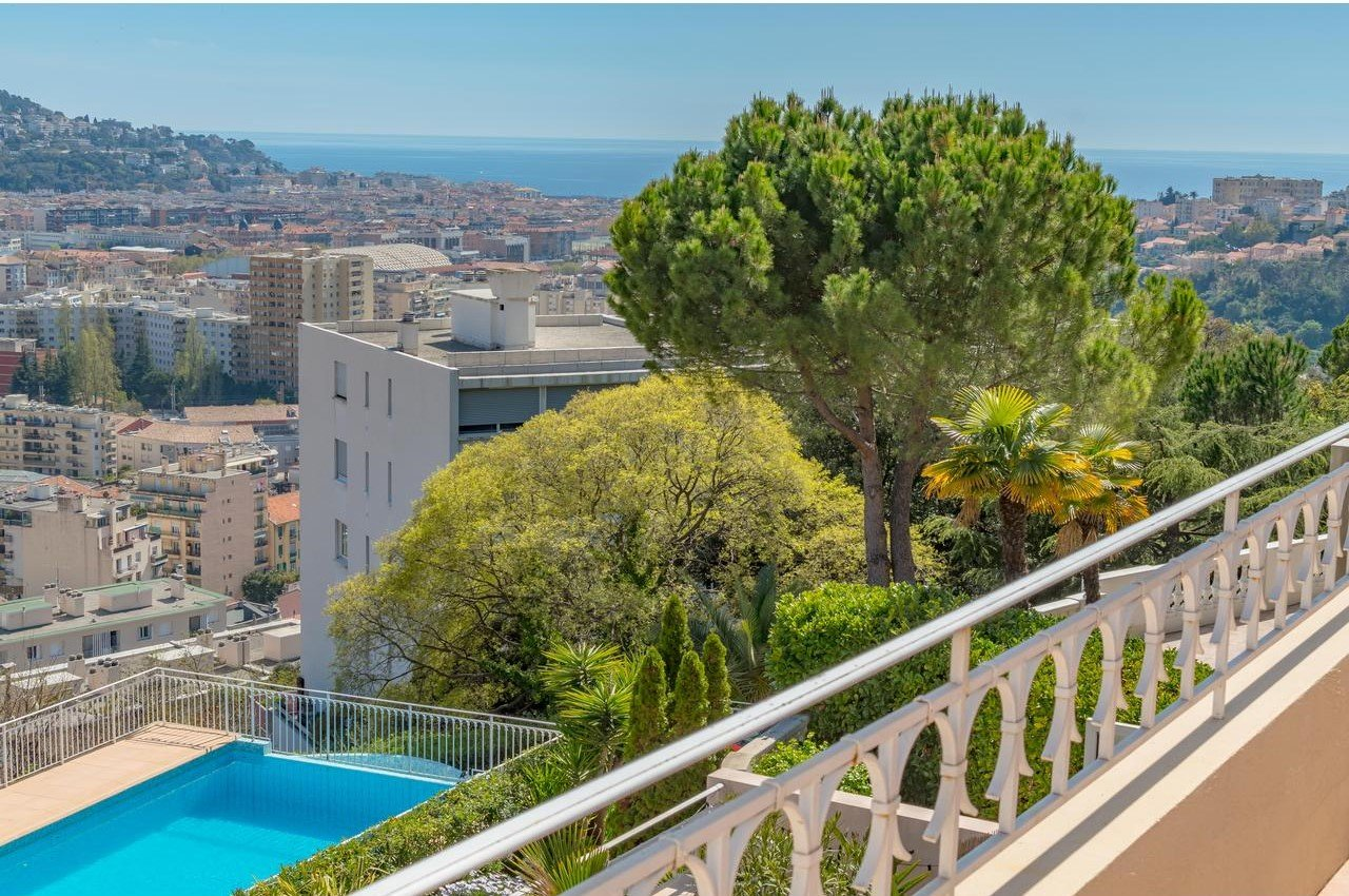 3-bedroom apartment with terrace and garden - Nice Cimiez