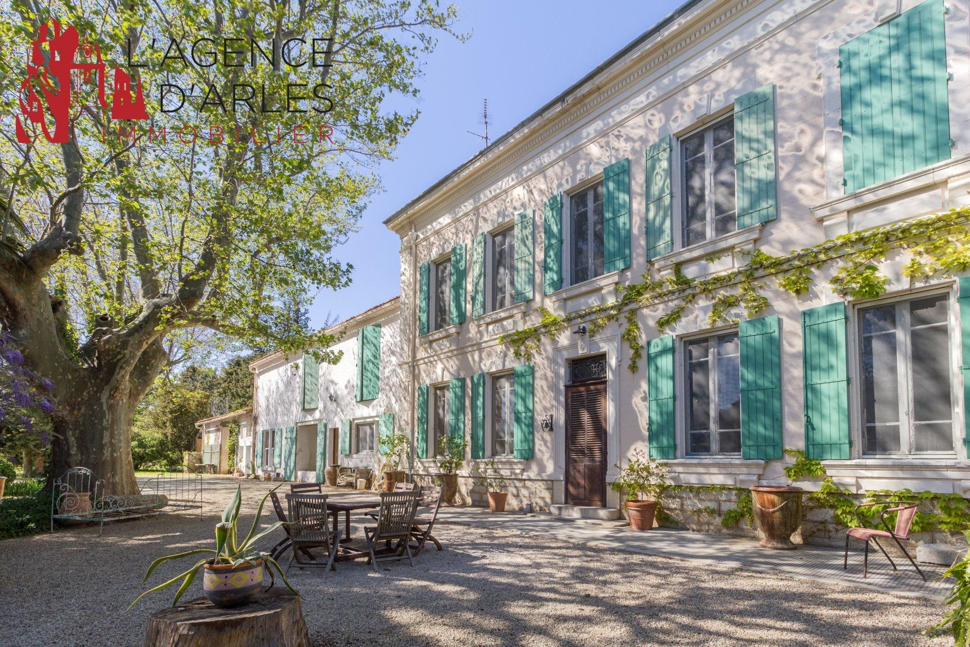 Belle propriété proche des Alpilles et Arles