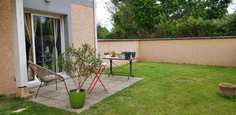 Location Appartement - Saint-André-de-Corcy