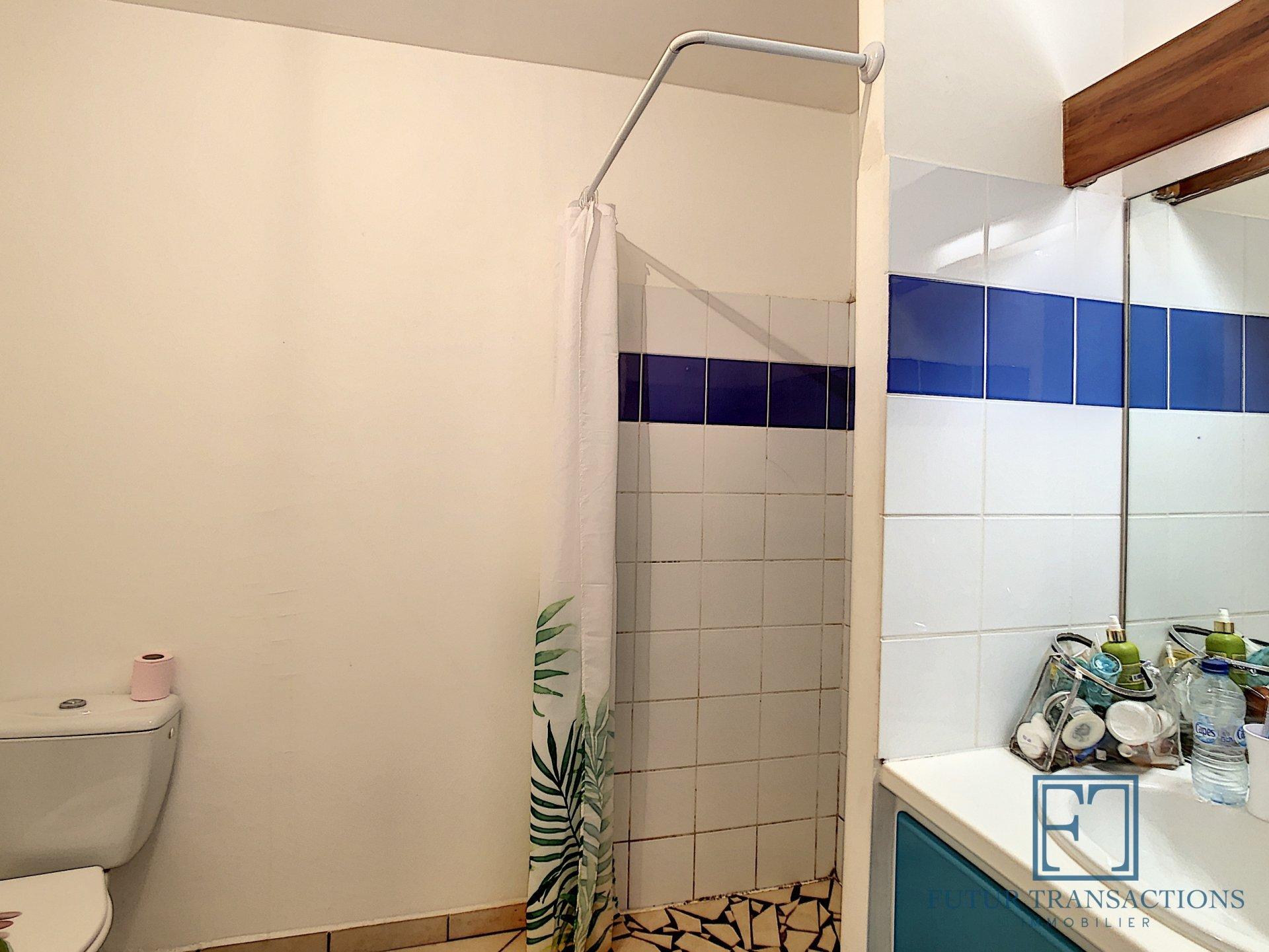 T2 résidence avec piscine Gissac